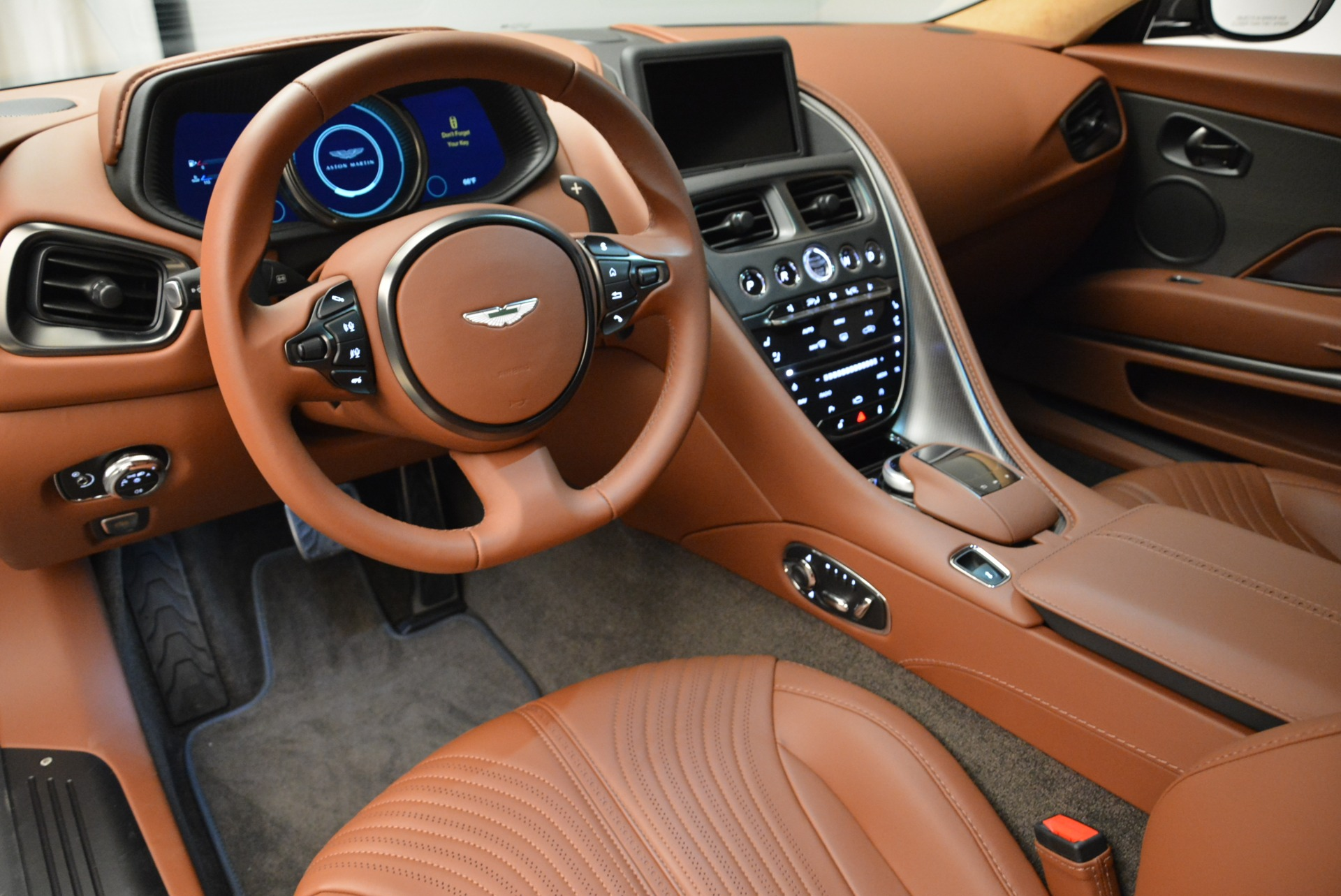 New 2018 Aston Martin DB11 V12 Coupe For Sale In Greenwich, CT 1917_p14