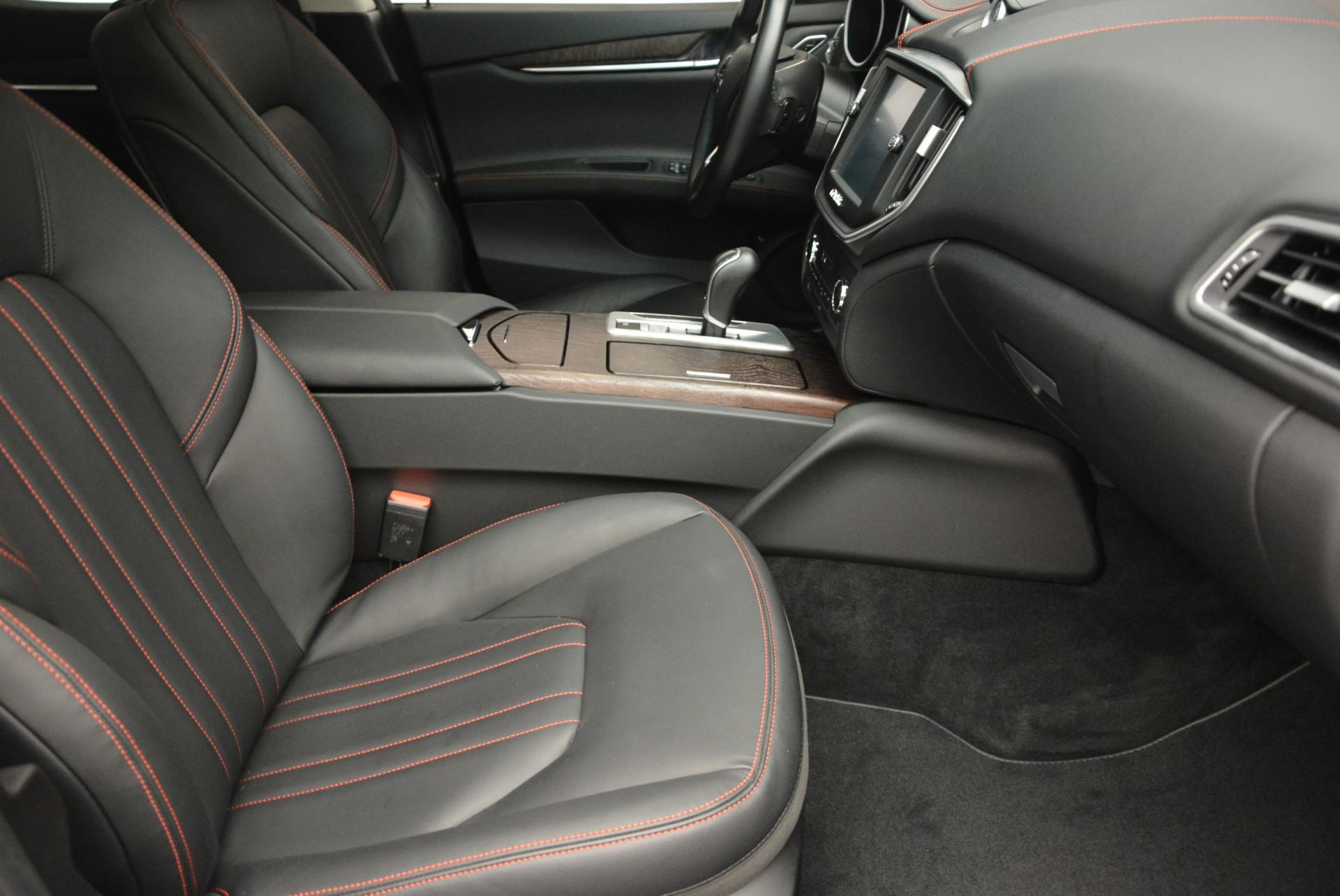 Used 2016 Maserati Ghibli S Q4 For Sale In Greenwich, CT 192_p14