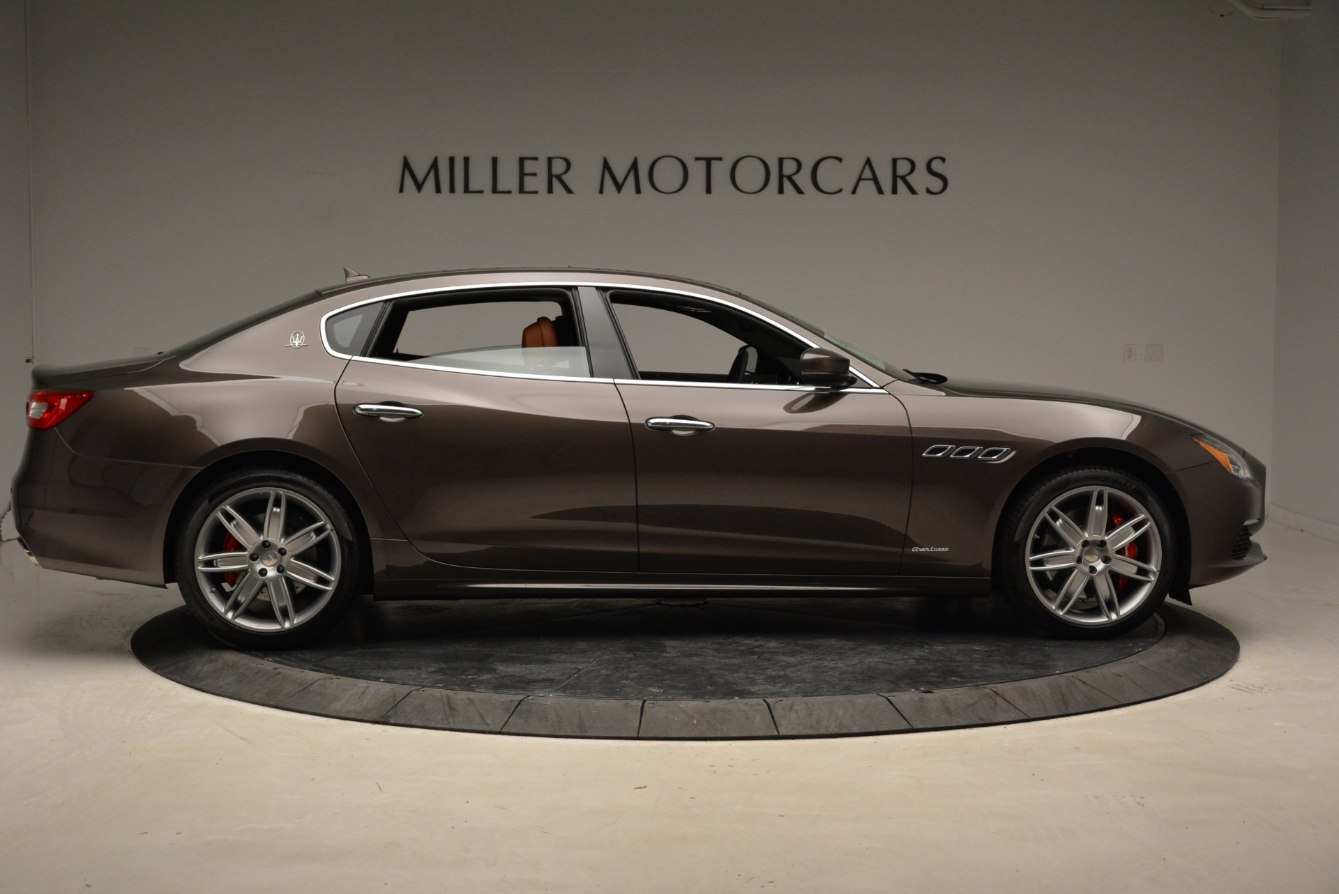 New 2018 Maserati Quattroporte S Q4 GranLusso For Sale In Greenwich, CT 1926_p10