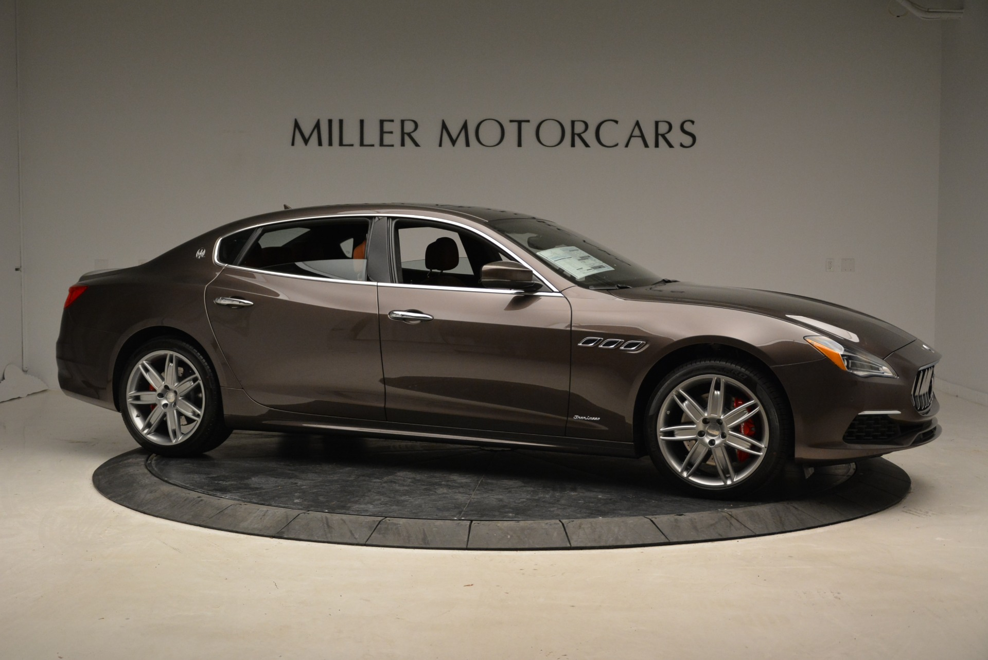 New 2018 Maserati Quattroporte S Q4 GranLusso For Sale In Greenwich, CT 1926_p11