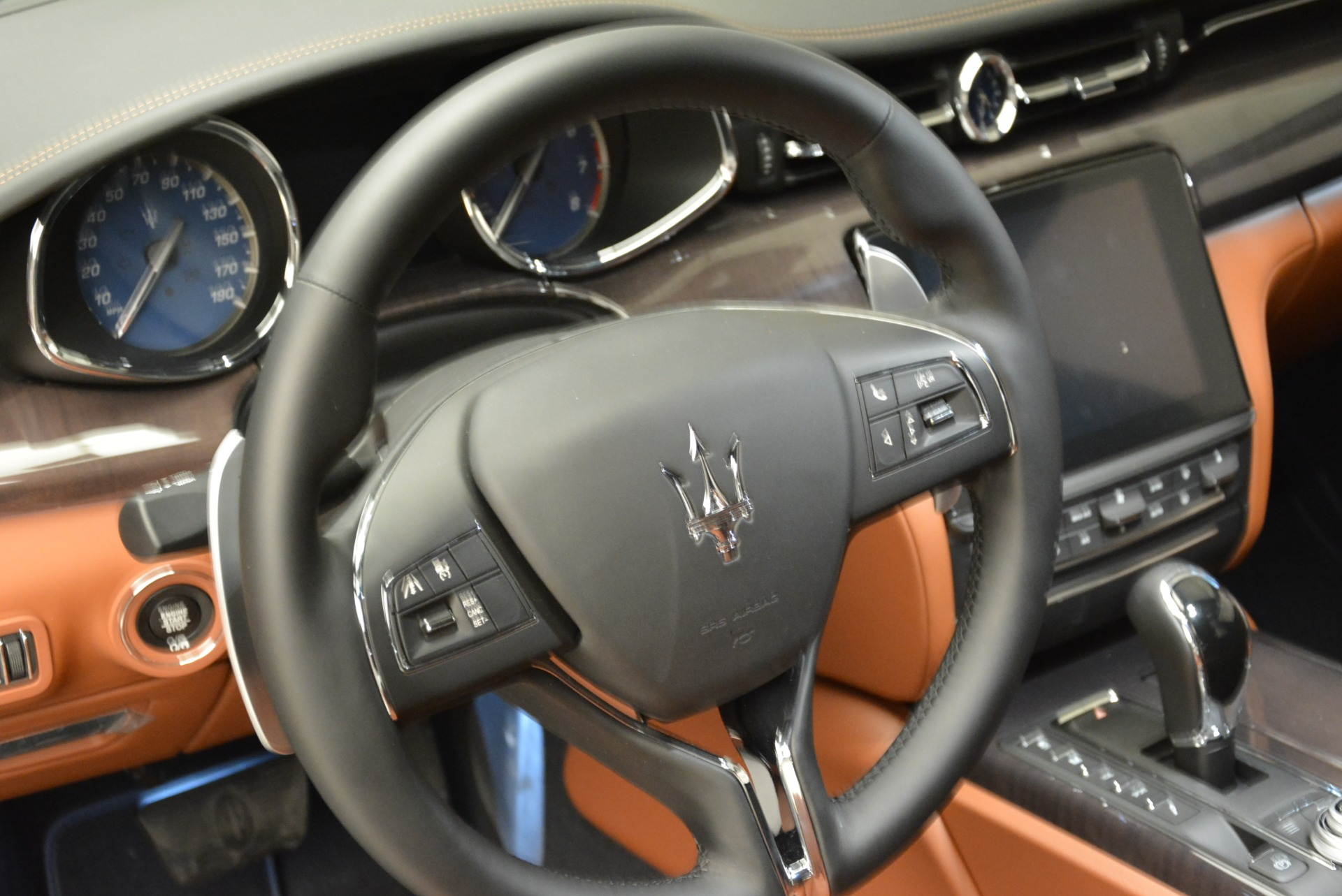 New 2018 Maserati Quattroporte S Q4 GranLusso For Sale In Greenwich, CT 1926_p19