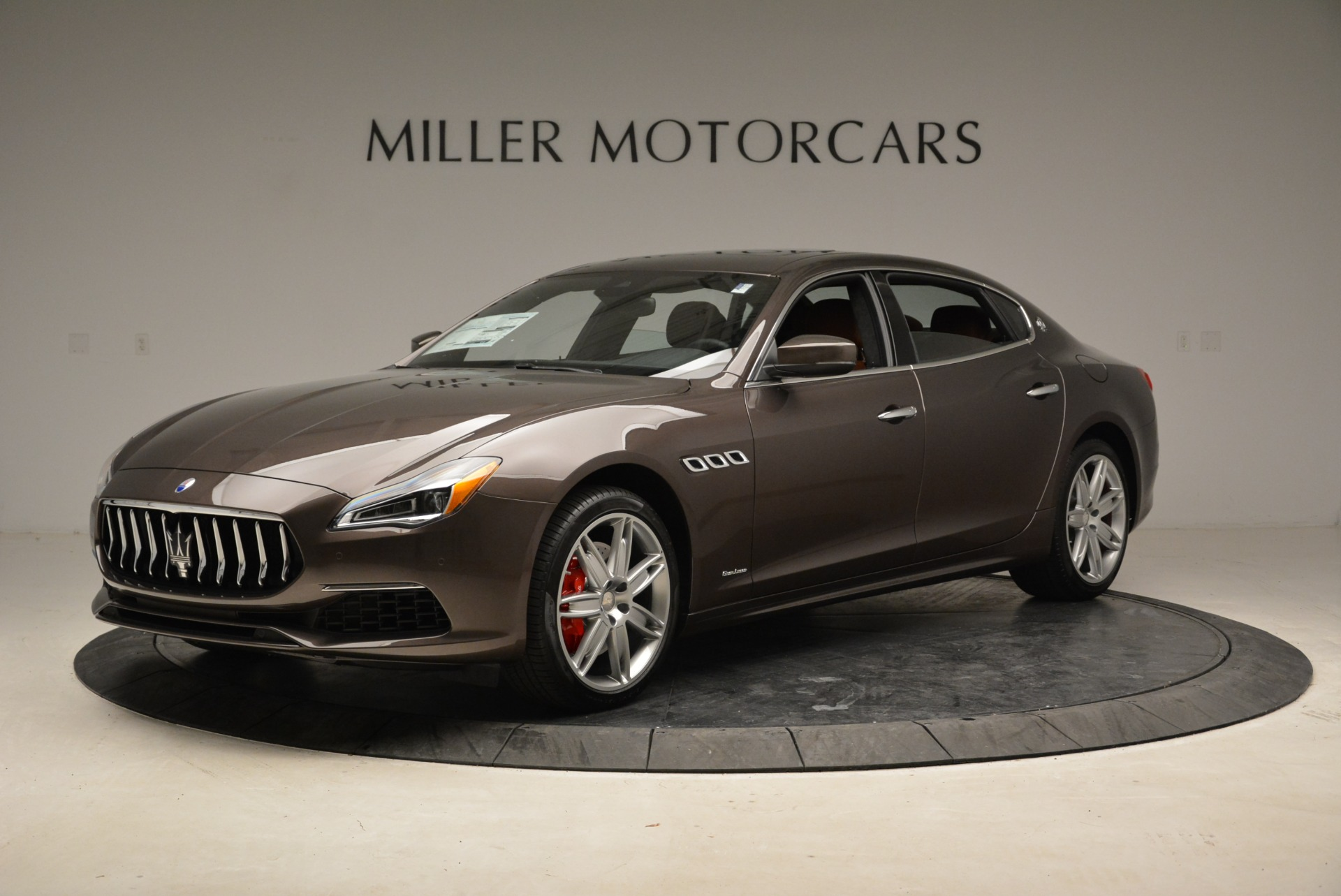 New 2018 Maserati Quattroporte S Q4 GranLusso For Sale In Greenwich, CT 1926_p2