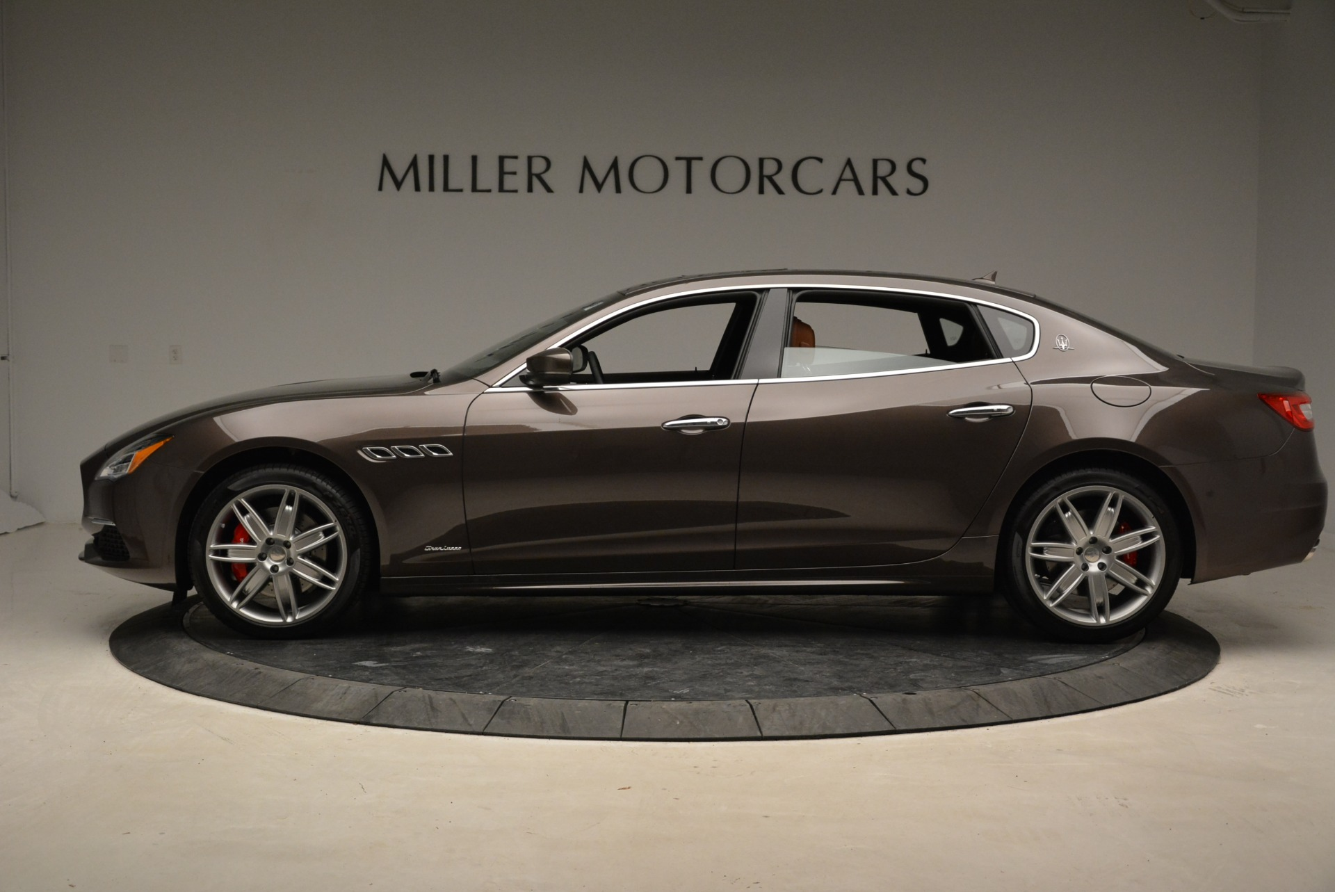 New 2018 Maserati Quattroporte S Q4 GranLusso For Sale In Greenwich, CT 1926_p4