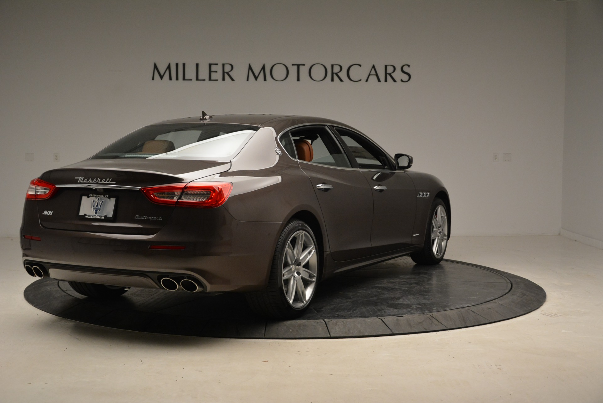 New 2018 Maserati Quattroporte S Q4 GranLusso For Sale In Greenwich, CT 1926_p8