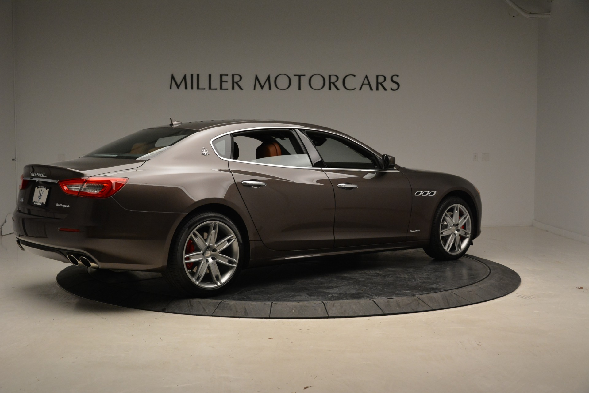 New 2018 Maserati Quattroporte S Q4 GranLusso For Sale In Greenwich, CT 1926_p9