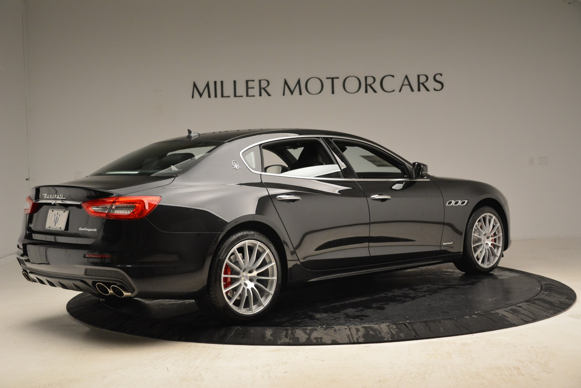 New 2018 Maserati Quattroporte S Q4 Gransport For Sale In Greenwich, CT 1943_p10