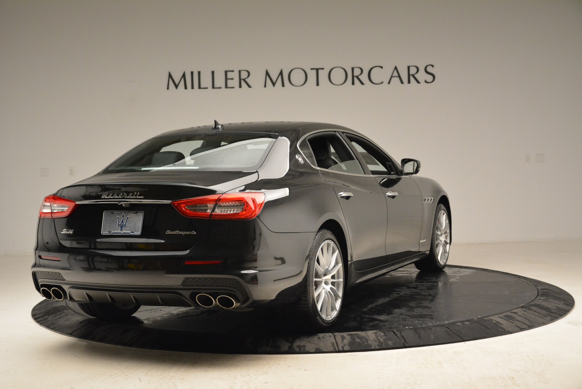 New 2018 Maserati Quattroporte S Q4 Gransport For Sale In Greenwich, CT 1943_p9