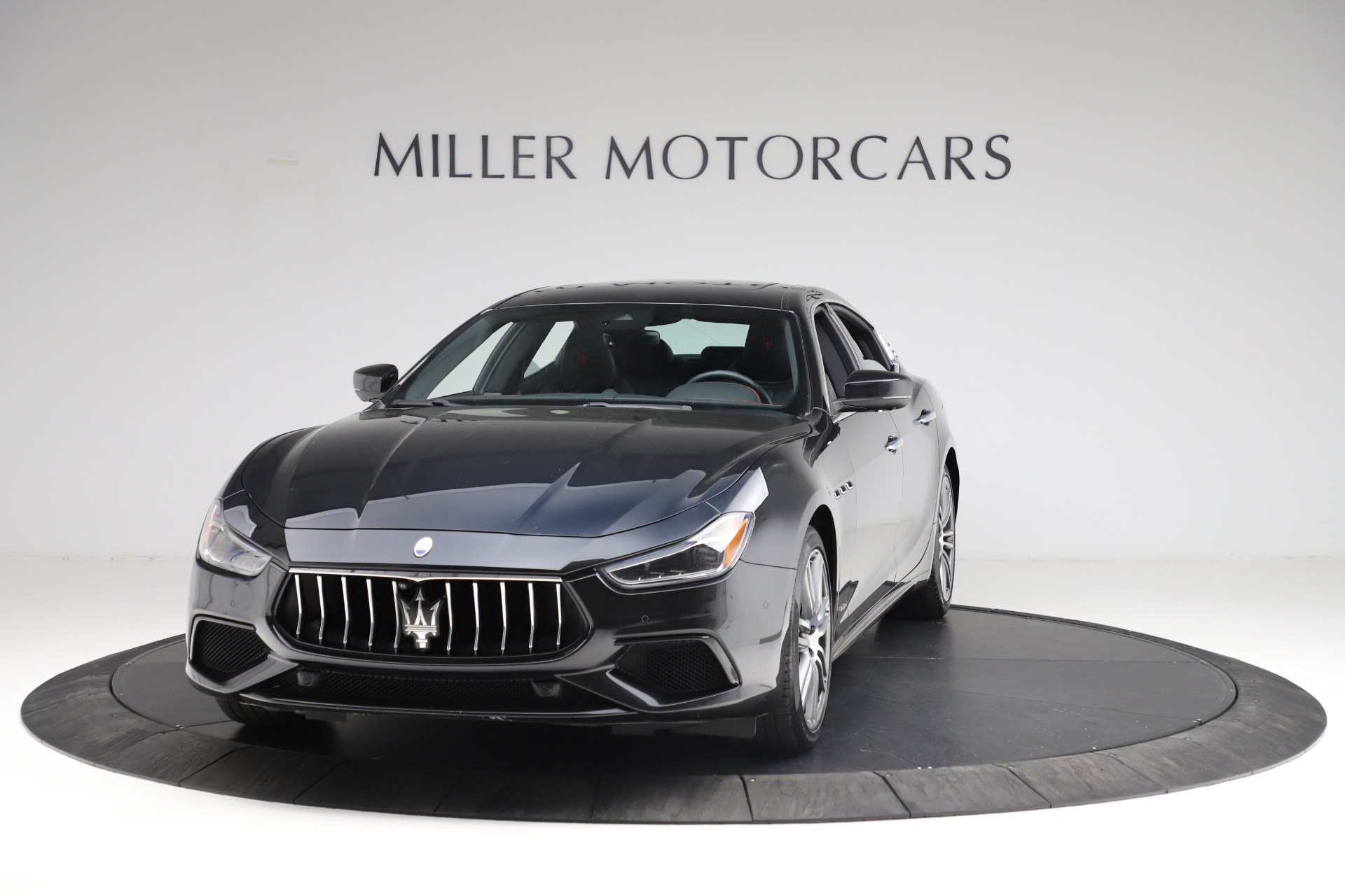 New 2018 Maserati Ghibli S Q4 Gransport For Sale In Greenwich, CT 1949_main