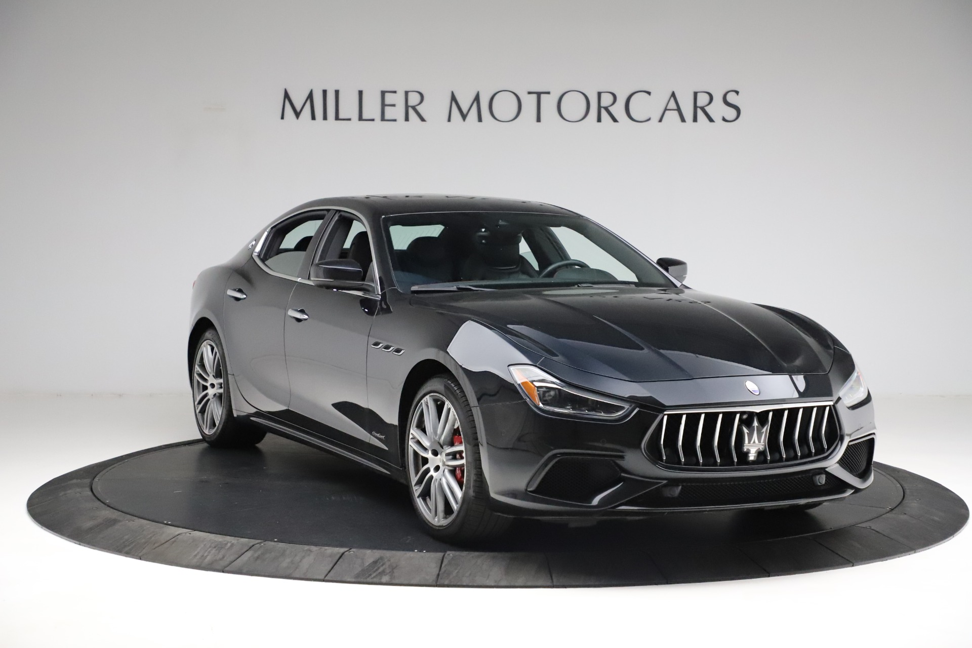 New 2018 Maserati Ghibli S Q4 Gransport For Sale In Greenwich, CT 1949_p12