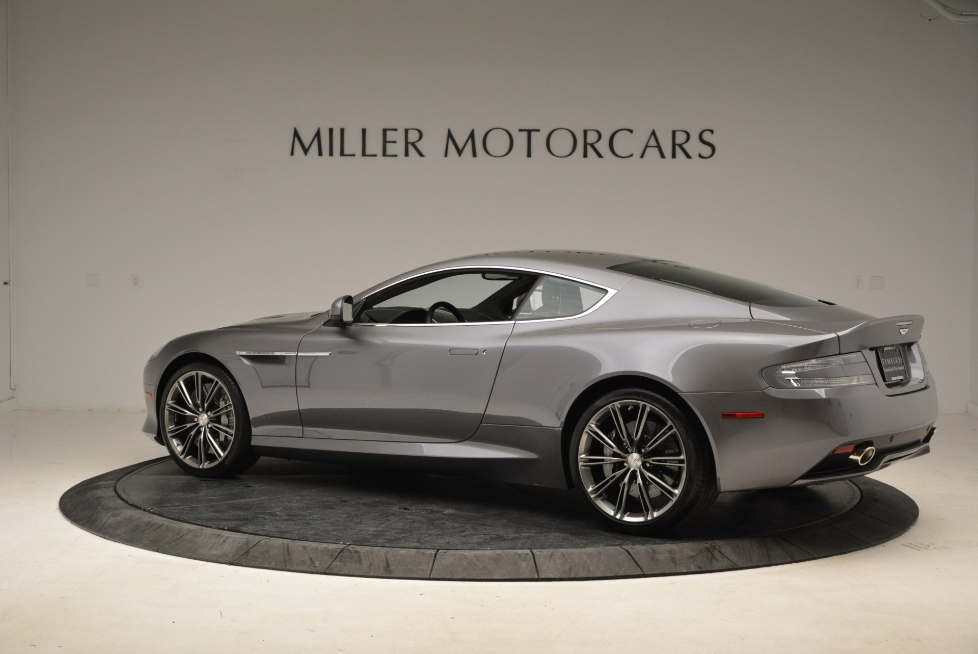 Used 2015 Aston Martin DB9  For Sale In Greenwich, CT 1951_p4