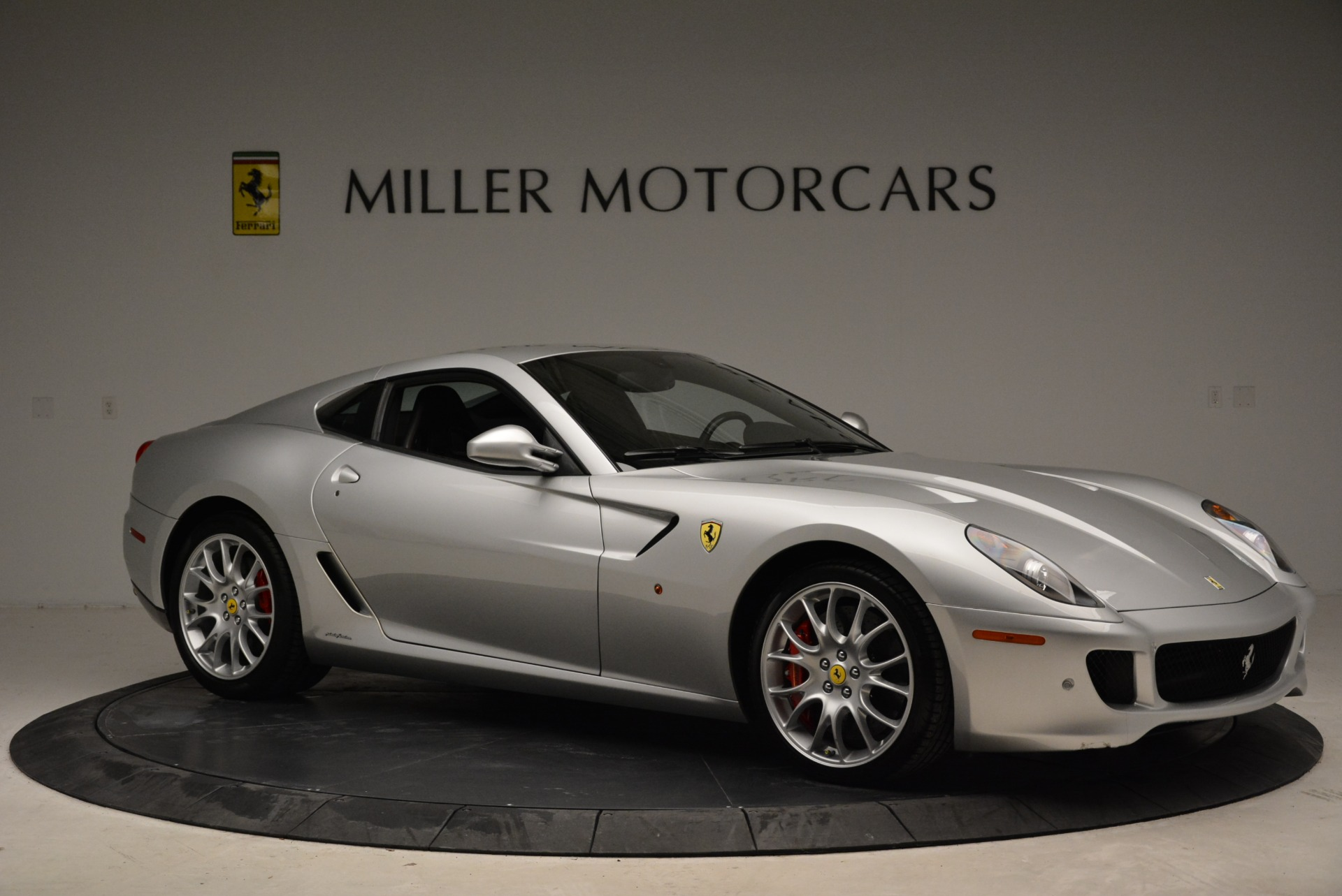 Used 2010 Ferrari 599 GTB Fiorano  For Sale In Greenwich, CT 1956_p10