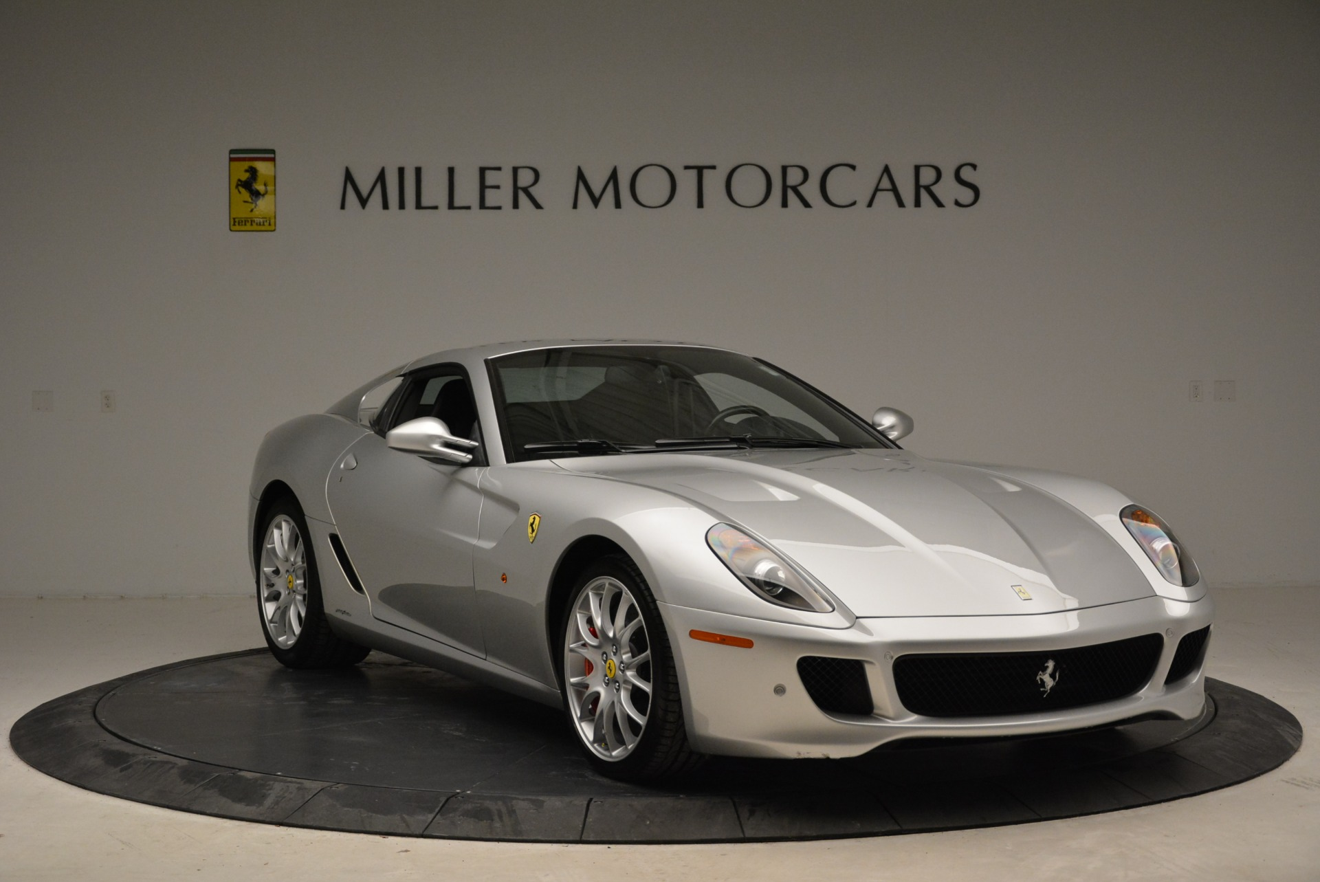 Used 2010 Ferrari 599 GTB Fiorano  For Sale In Greenwich, CT 1956_p11
