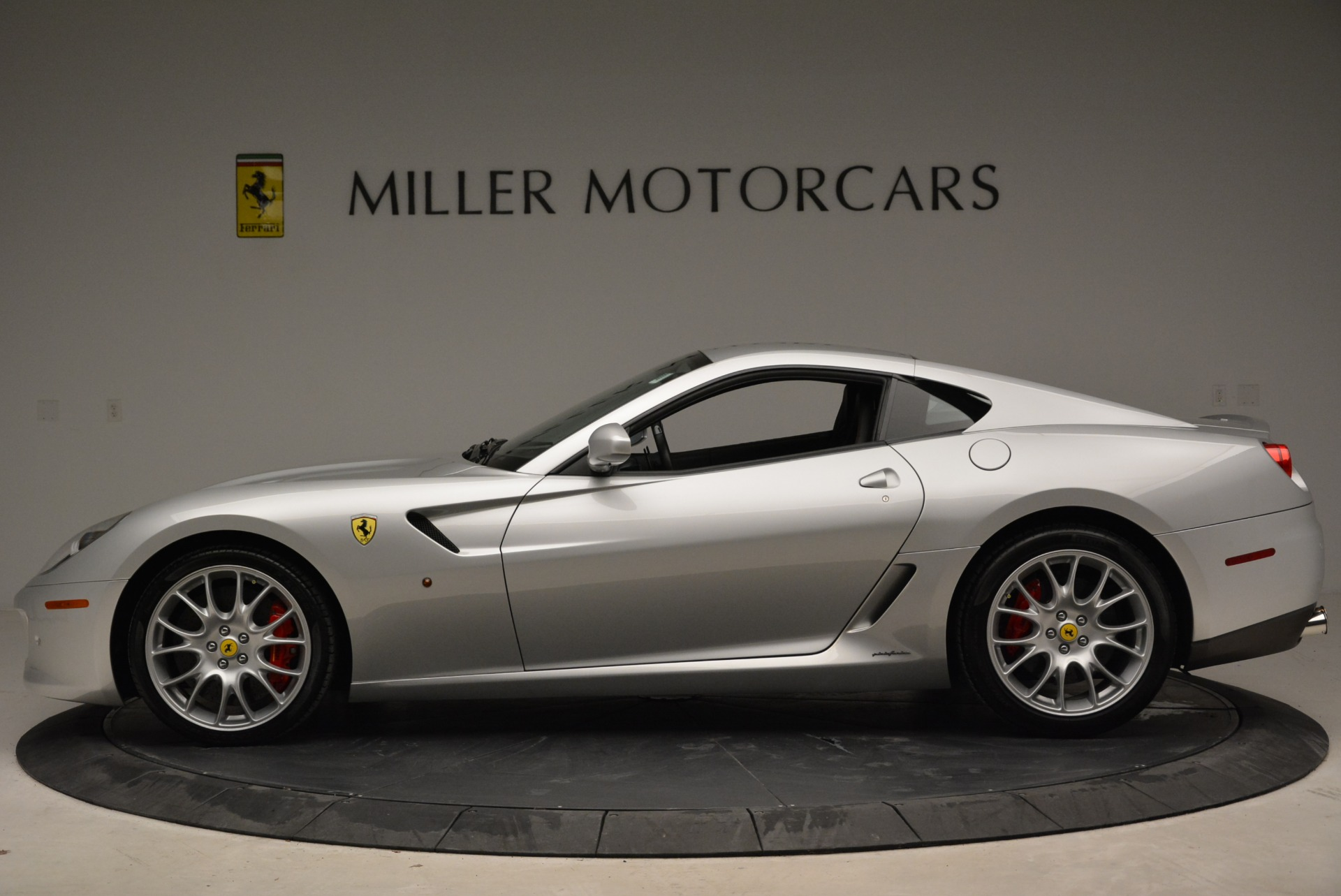 Used 2010 Ferrari 599 GTB Fiorano  For Sale In Greenwich, CT 1956_p3