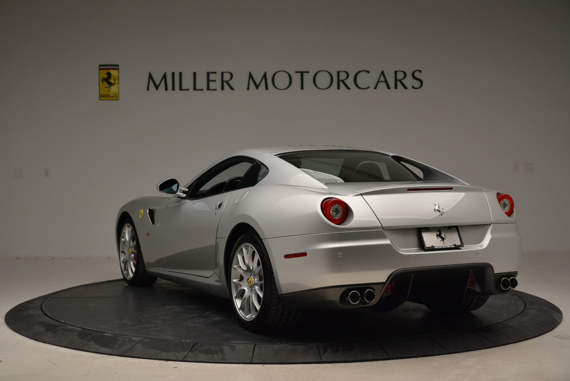 Used 2010 Ferrari 599 GTB Fiorano  For Sale In Greenwich, CT 1956_p5