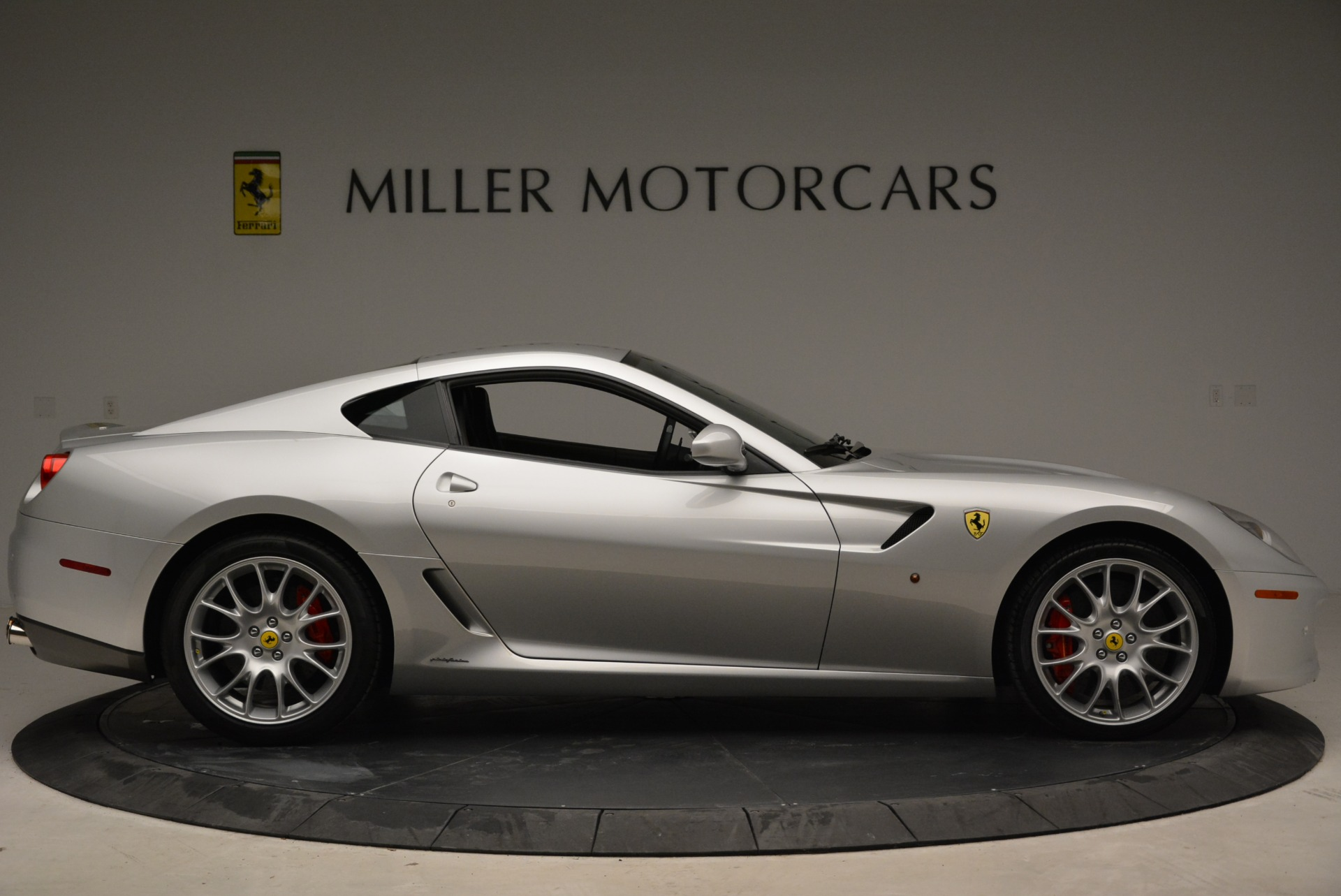 Used 2010 Ferrari 599 GTB Fiorano  For Sale In Greenwich, CT 1956_p9