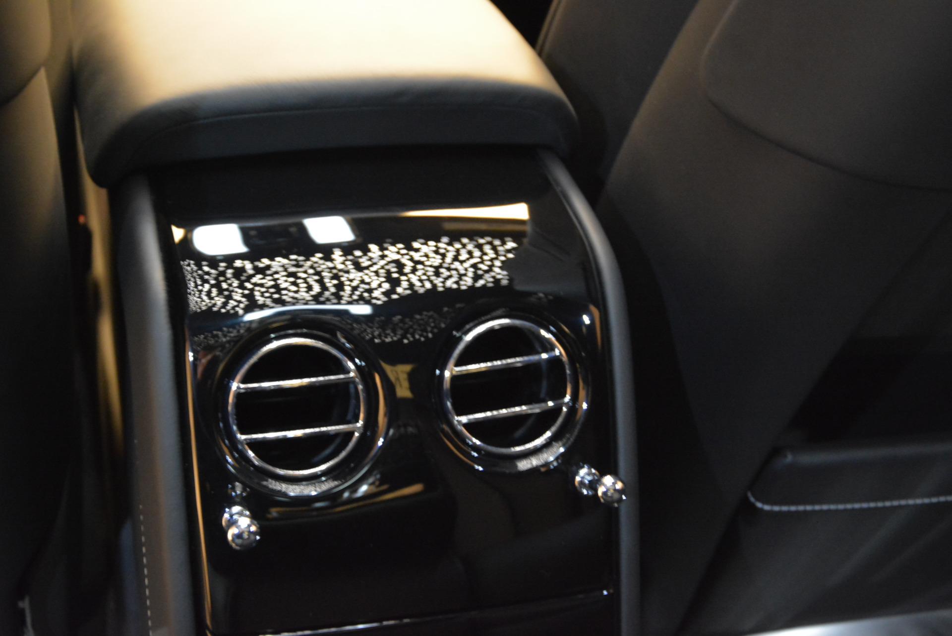 Used 2018 Rolls-Royce Phantom  For Sale In Greenwich, CT 1958_p19