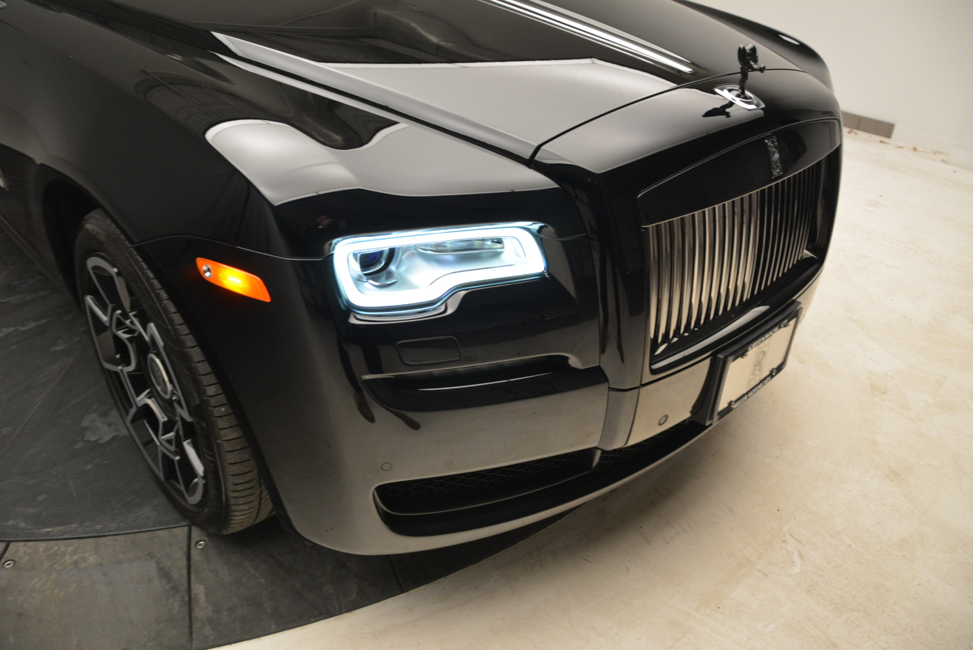 Used 2017 Rolls-Royce Ghost Black Badge For Sale In Greenwich, CT 1959_p14