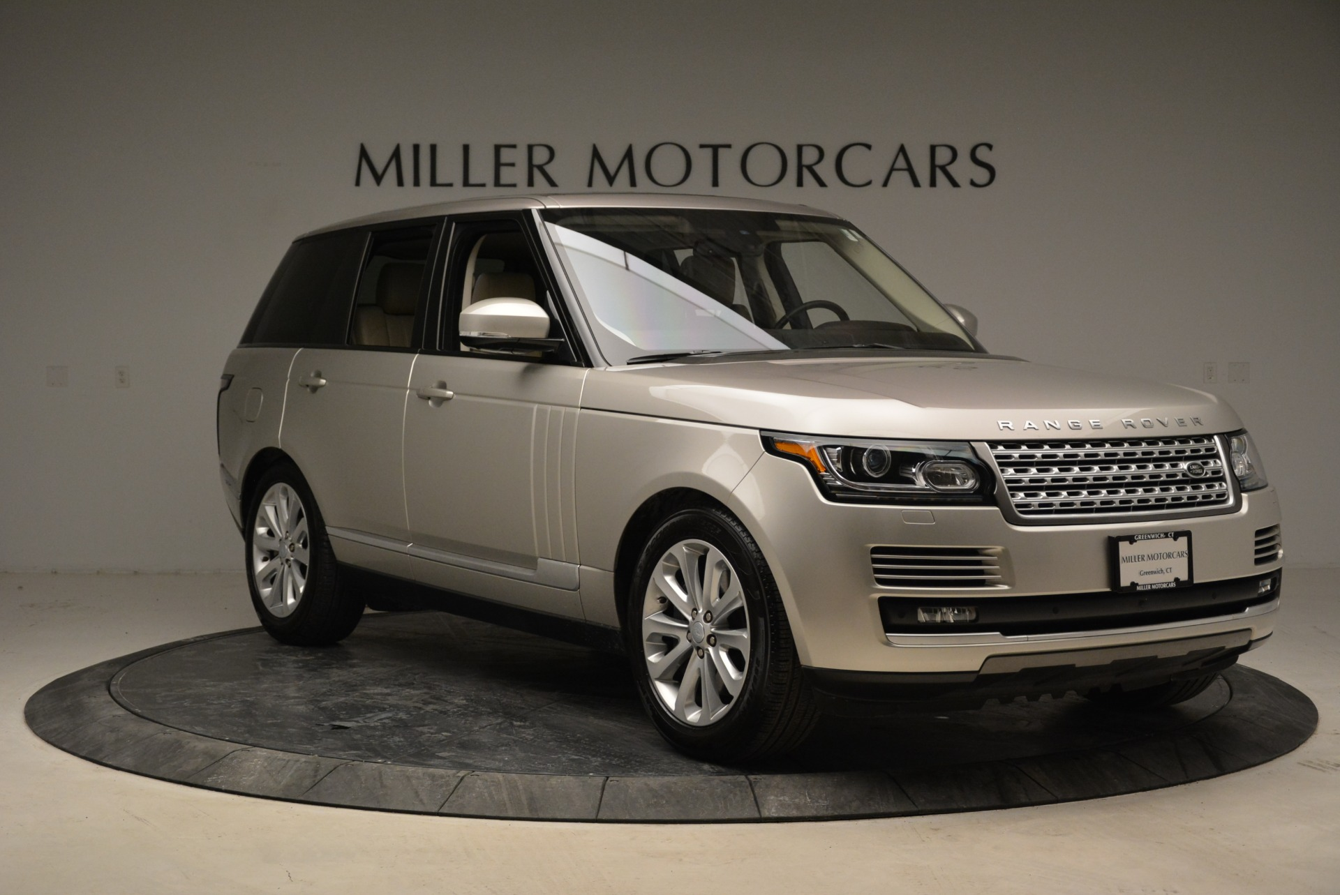 Used 2016 Land Rover Range Rover HSE For Sale In Greenwich, CT 1962_p11
