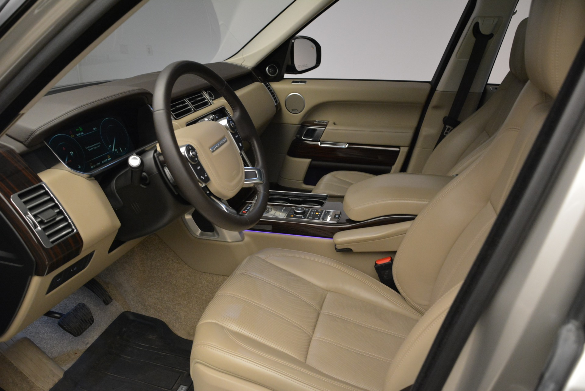 Used 2016 Land Rover Range Rover HSE For Sale In Greenwich, CT 1962_p17