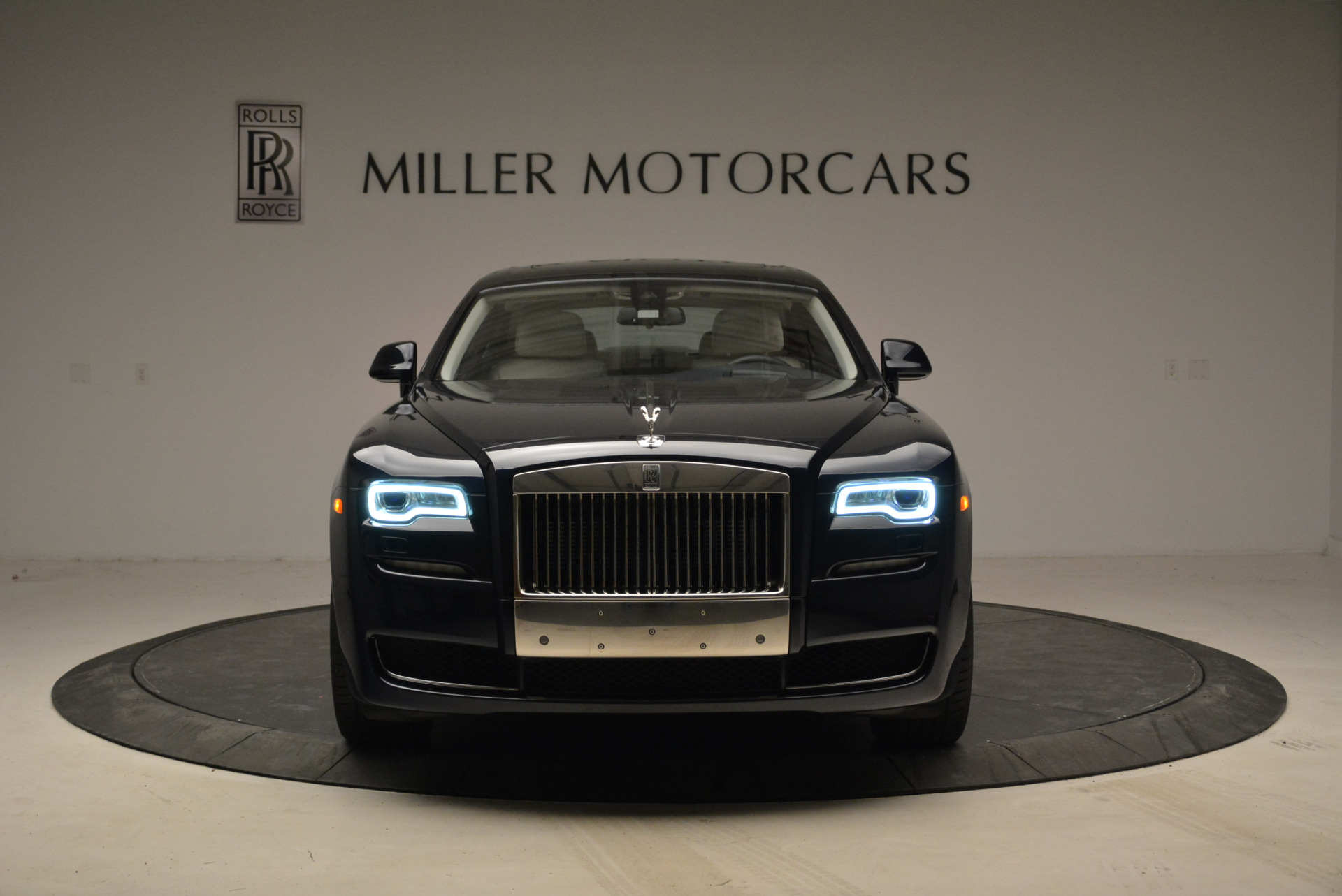 Used 2015 Rolls-Royce Ghost  For Sale In Greenwich, CT 1980_p12