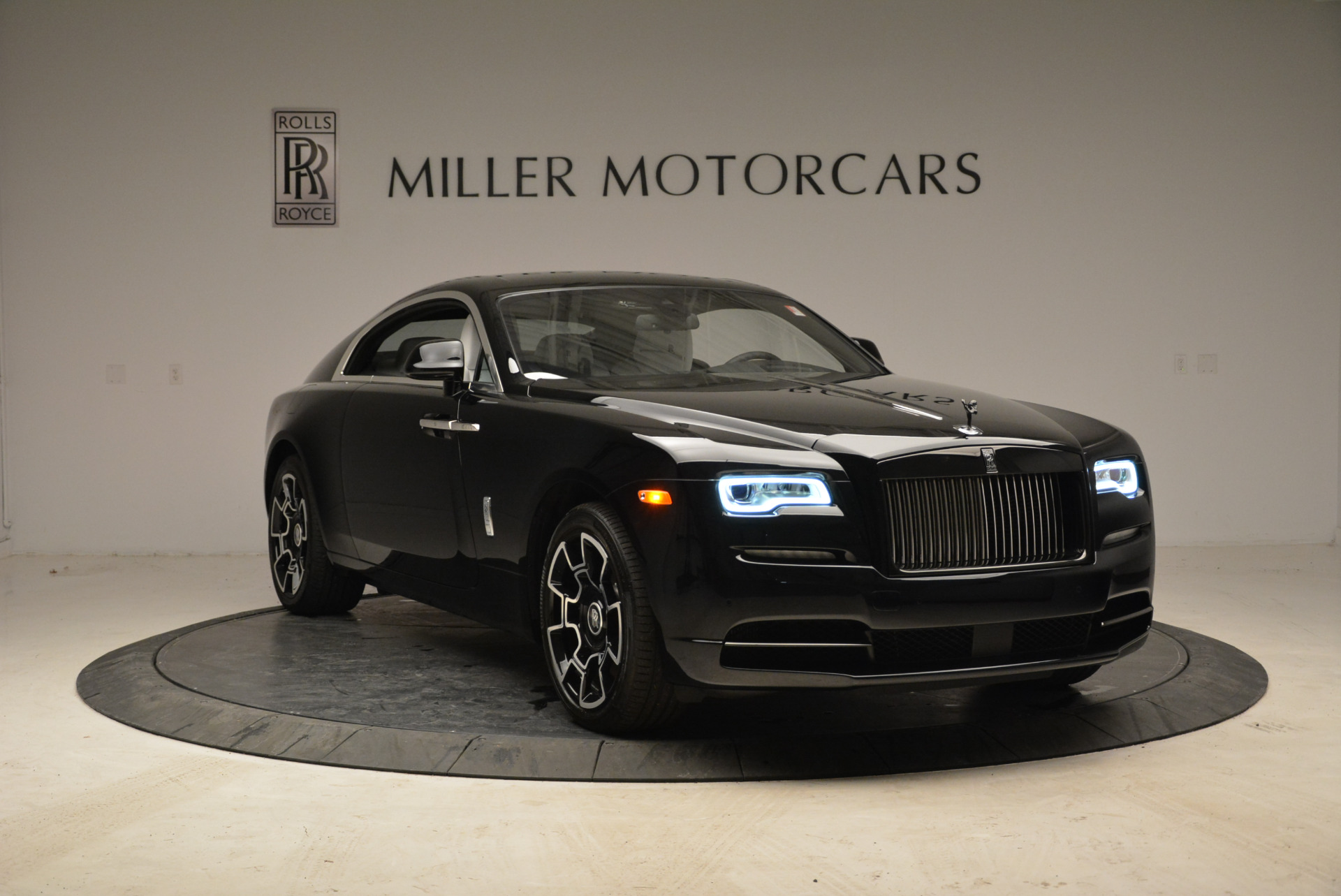 Used 2017 Rolls-Royce Wraith Black Badge For Sale In Greenwich, CT 1994_p10