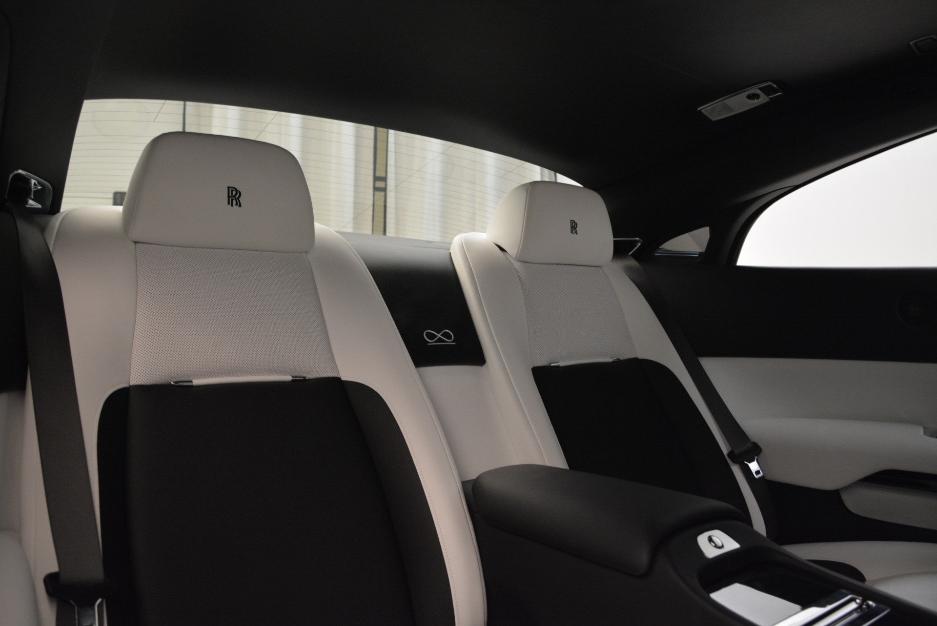 Used 2017 Rolls-Royce Wraith Black Badge For Sale In Greenwich, CT 1994_p27