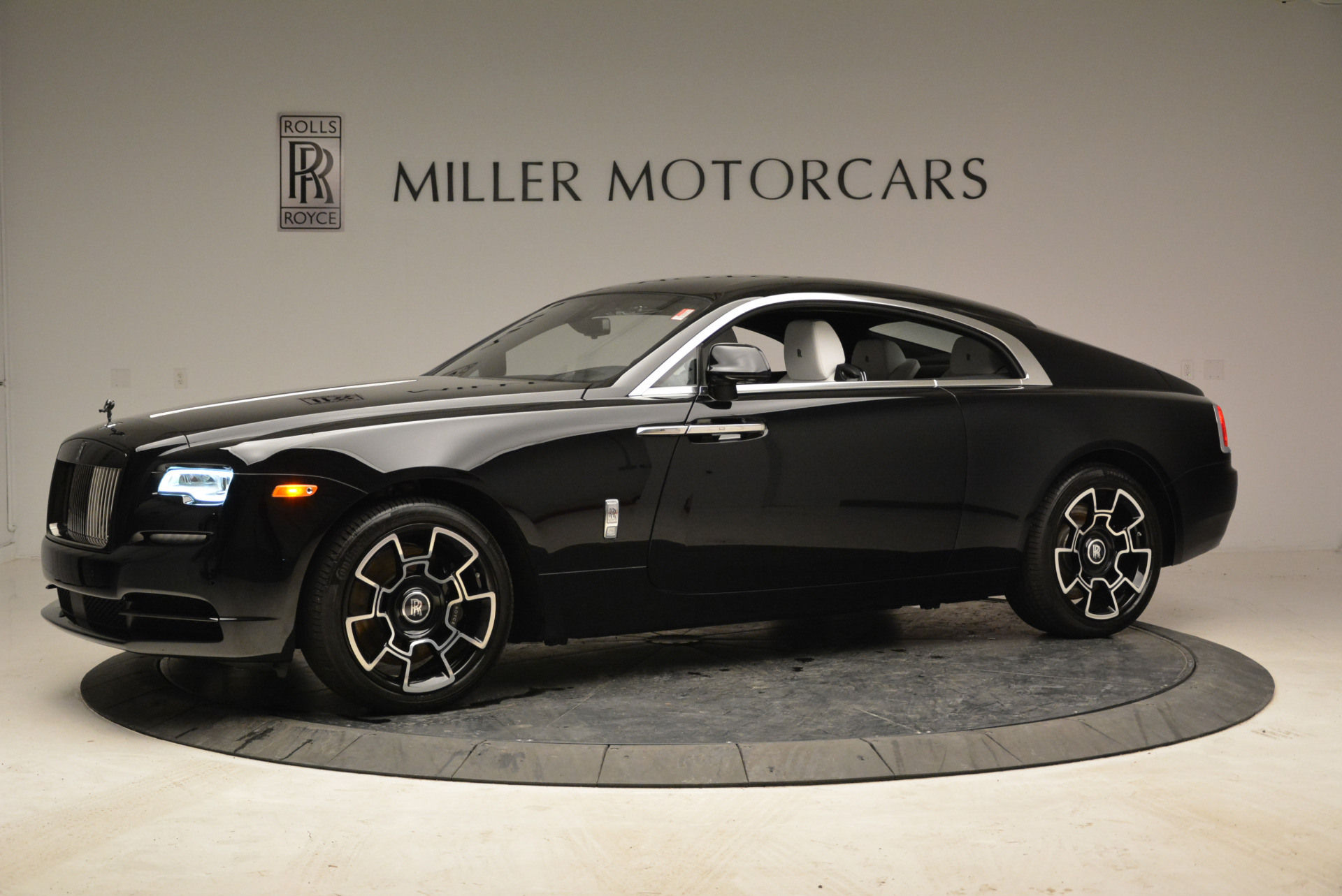 Used 2017 Rolls-Royce Wraith Black Badge For Sale In Greenwich, CT 1994_p2