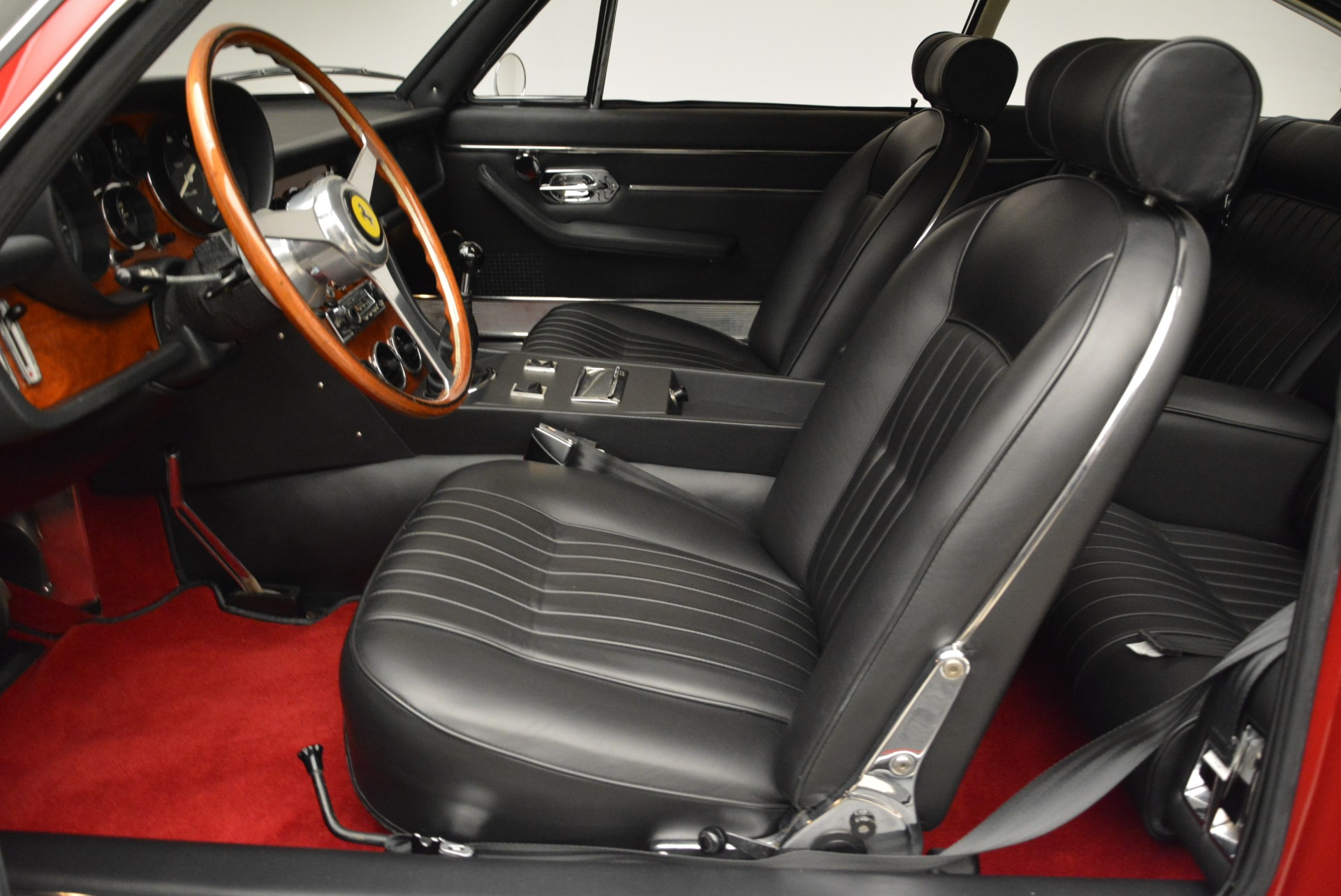 Used 1969 Ferrari 365 GT 2+2  For Sale In Greenwich, CT 1995_p14