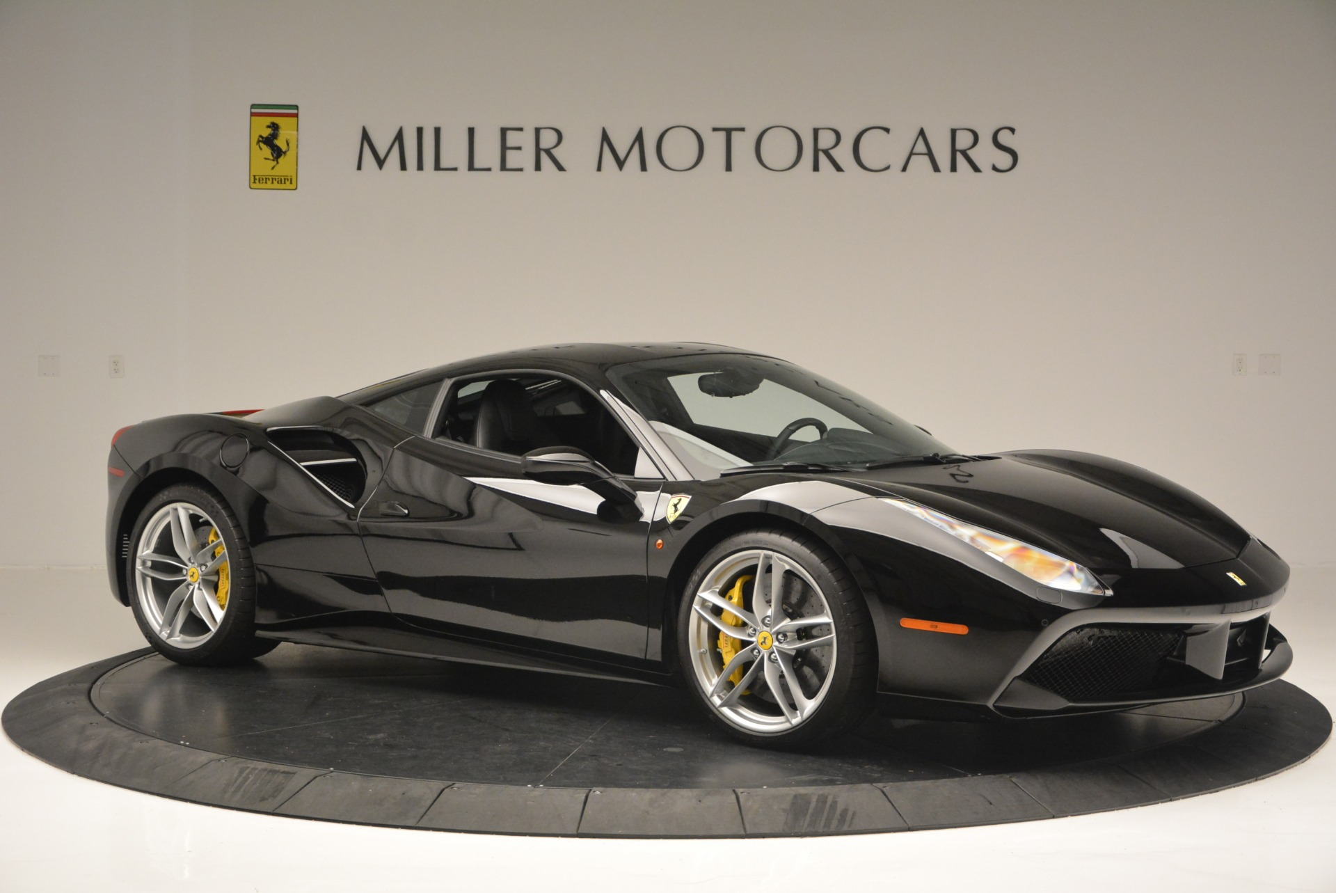 Used 2016 Ferrari 488 GTB  For Sale In Greenwich, CT 1996_p10