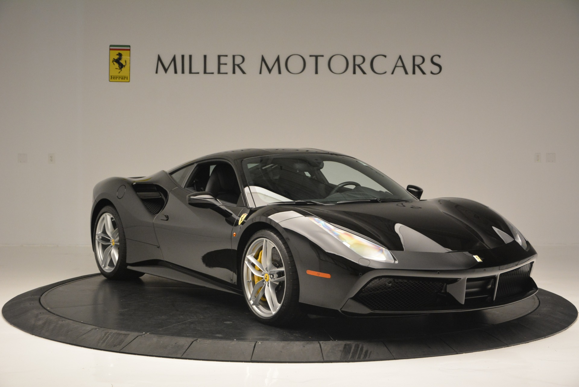 Used 2016 Ferrari 488 GTB  For Sale In Greenwich, CT 1996_p11