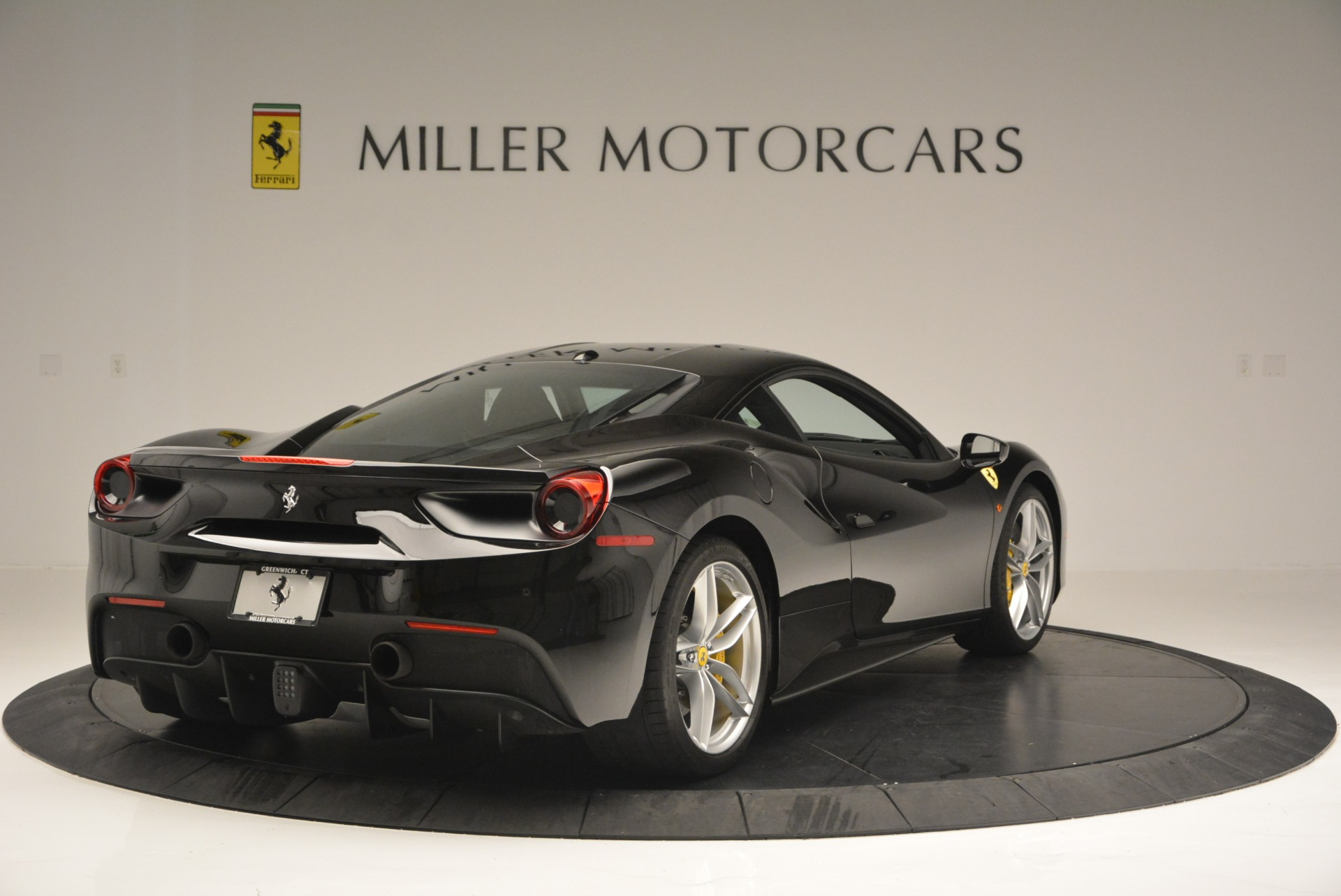 Used 2016 Ferrari 488 GTB  For Sale In Greenwich, CT 1996_p7
