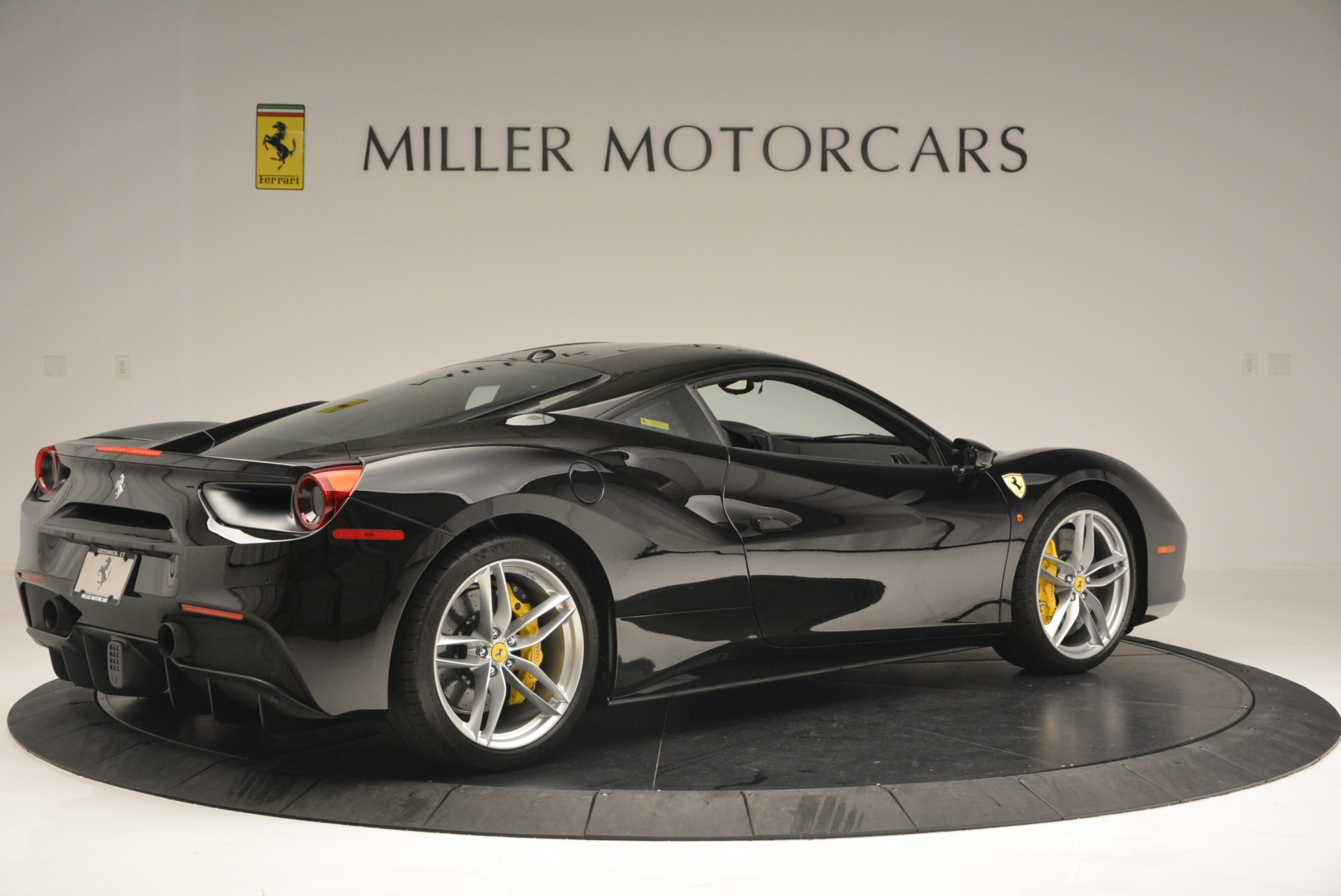 Used 2016 Ferrari 488 GTB  For Sale In Greenwich, CT 1996_p8