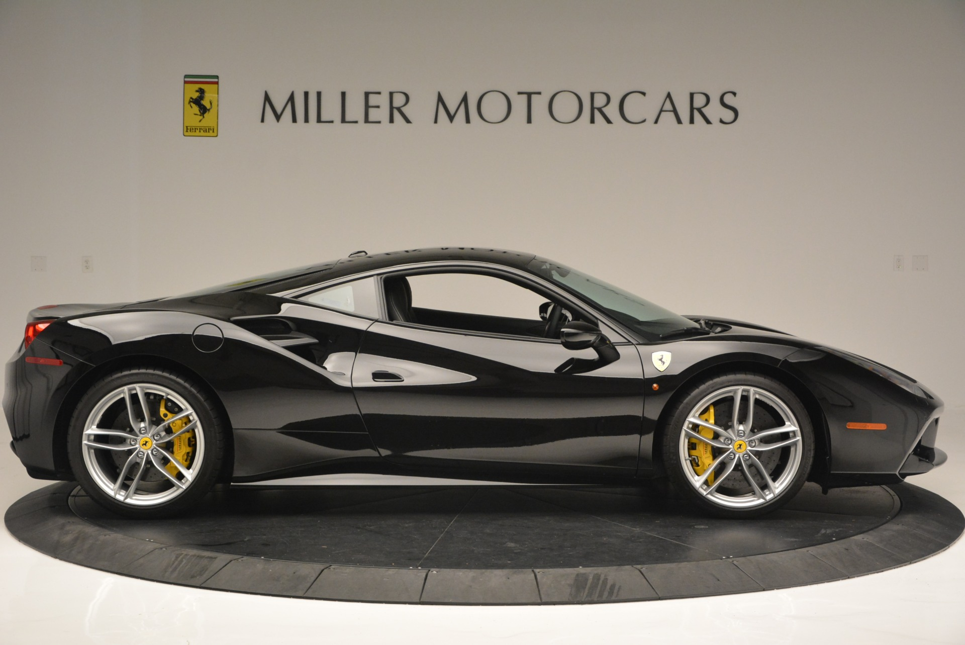 Used 2016 Ferrari 488 GTB  For Sale In Greenwich, CT 1996_p9