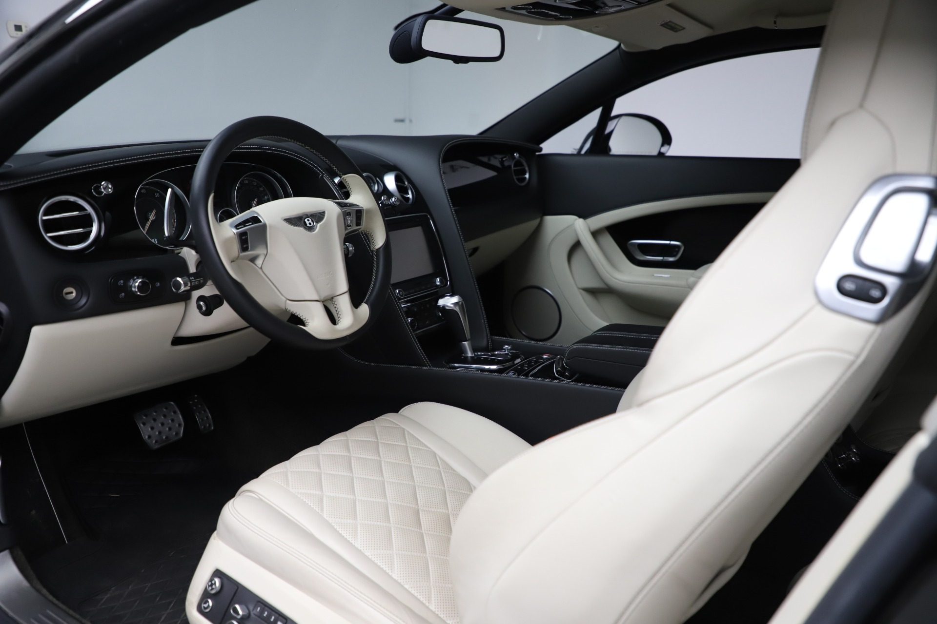 Used 2016 Bentley Continental GT W12 For Sale In Greenwich, CT 20_p16