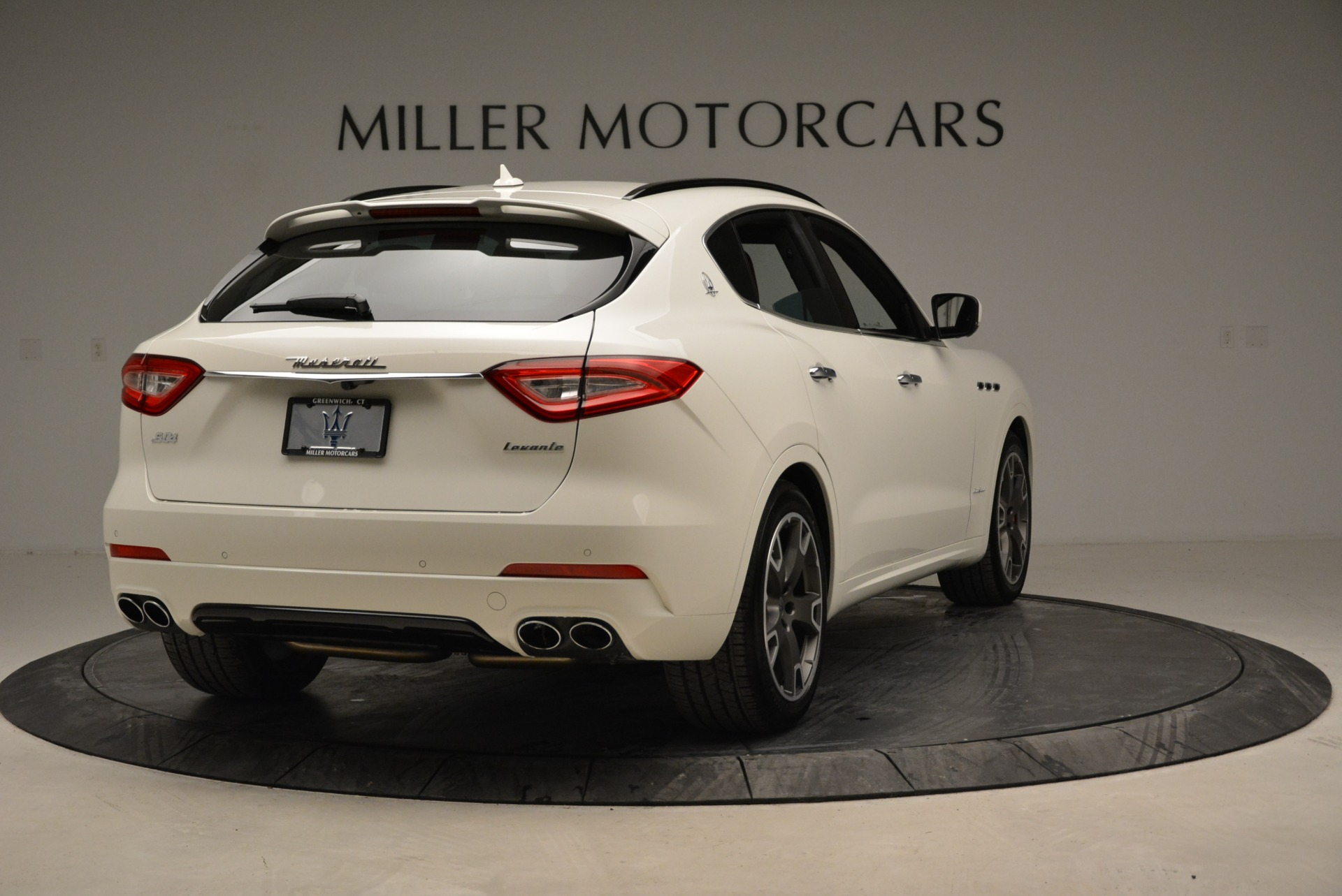 New 2018 Maserati Levante S Q4 Gransport For Sale In Greenwich, CT 2000_p13