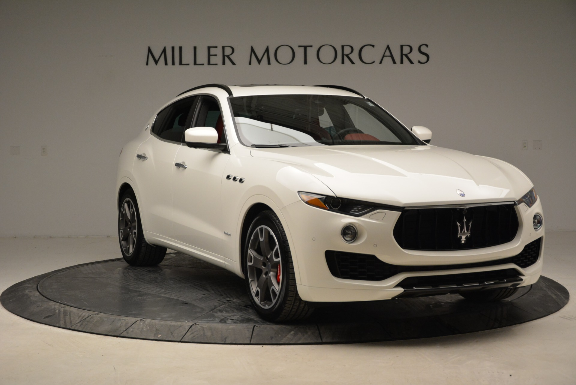 New 2018 Maserati Levante S Q4 Gransport For Sale In Greenwich, CT 2000_p17