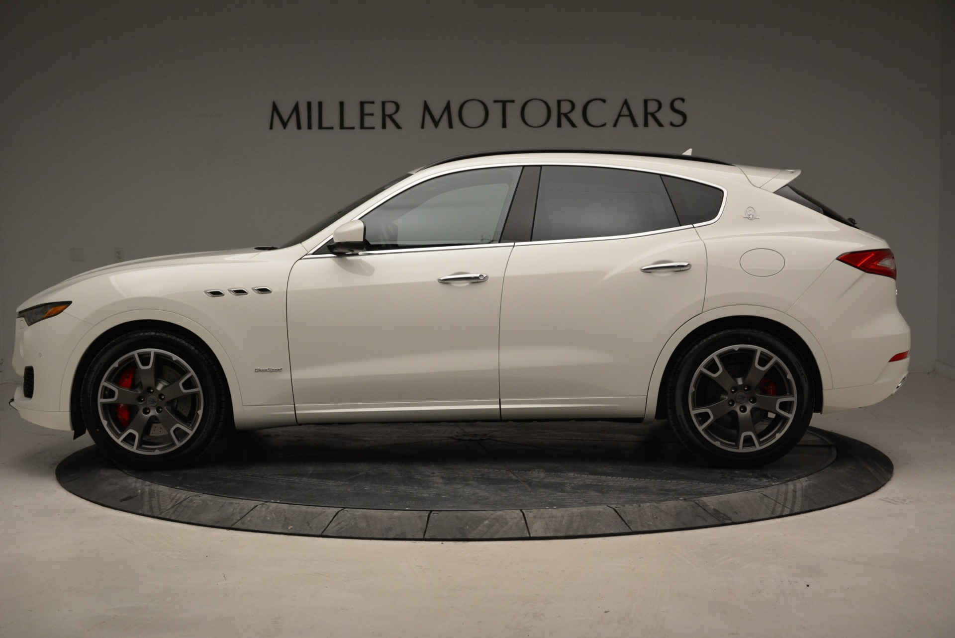 New 2018 Maserati Levante S Q4 Gransport For Sale In Greenwich, CT 2000_p3
