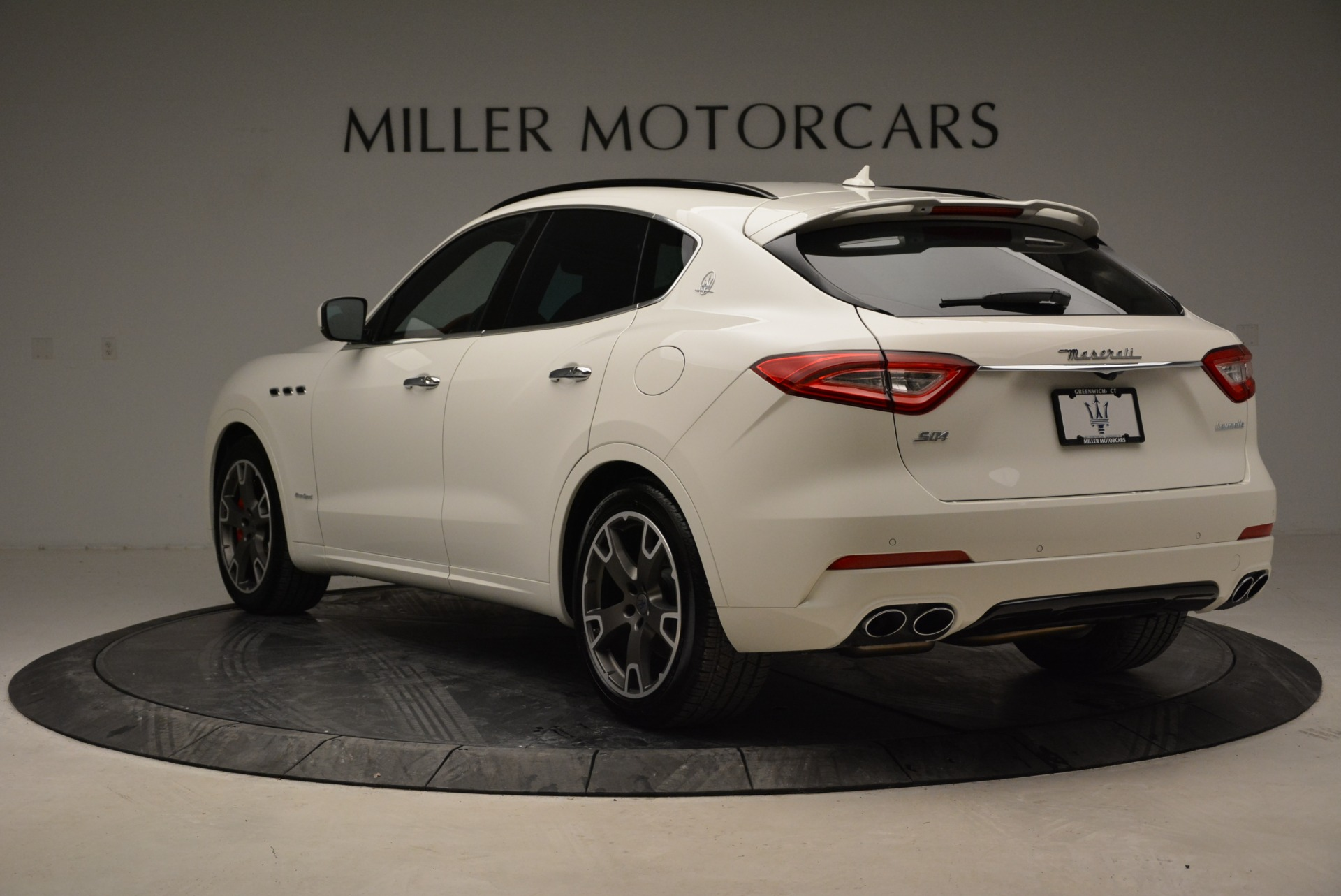 New 2018 Maserati Levante S Q4 Gransport For Sale In Greenwich, CT 2000_p5