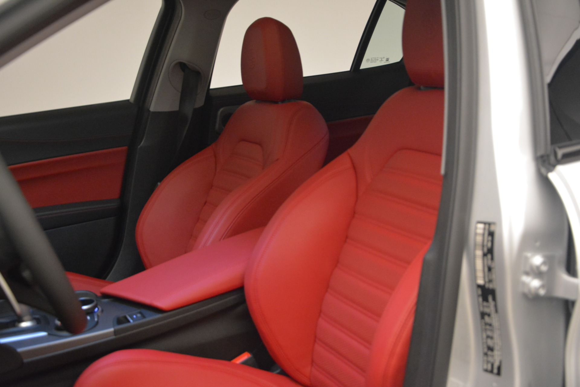 New 2018 Alfa Romeo Giulia Ti Sport Q4 For Sale In Greenwich, CT 2003_p16