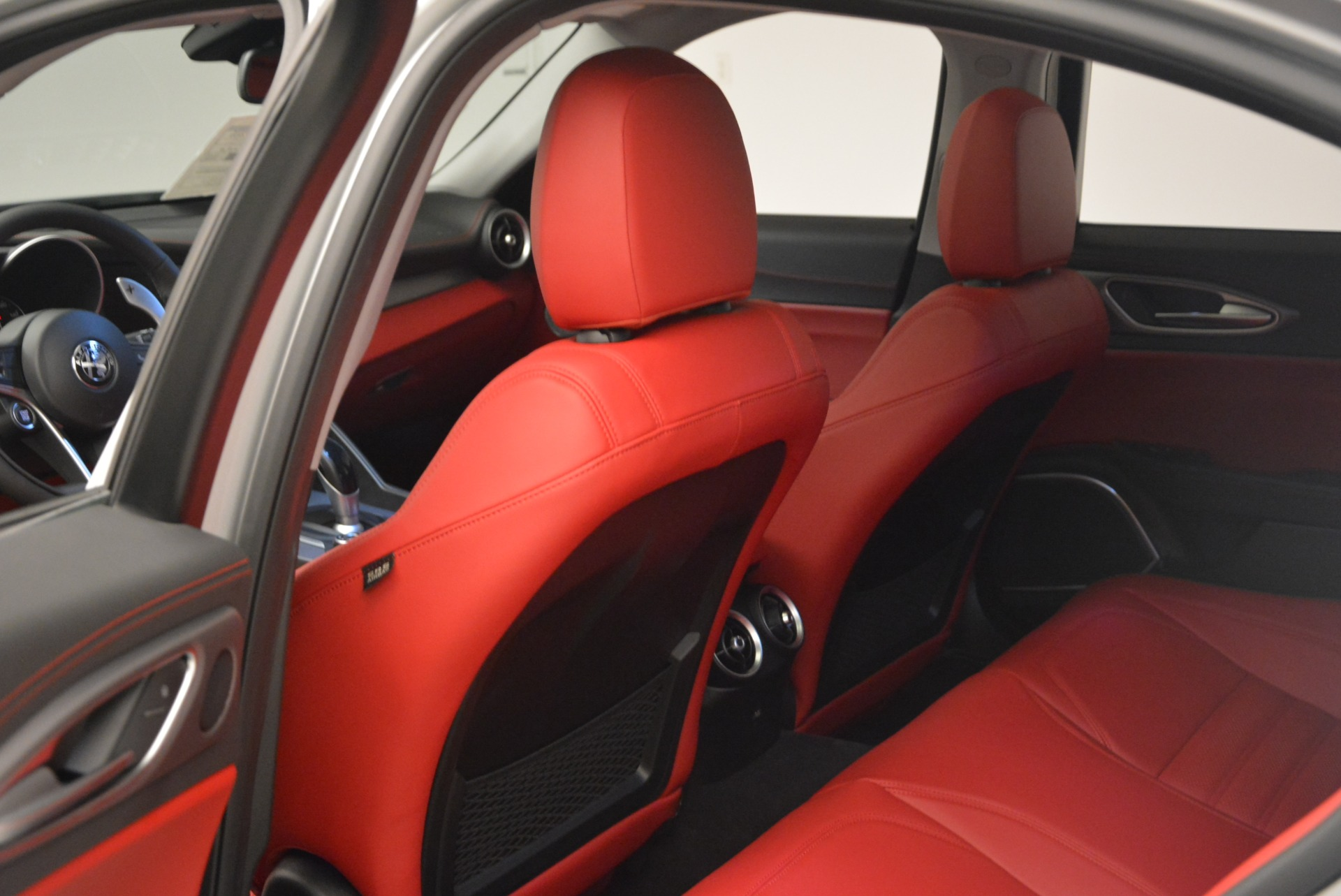 New 2018 Alfa Romeo Giulia Ti Sport Q4 For Sale In Greenwich, CT 2003_p19