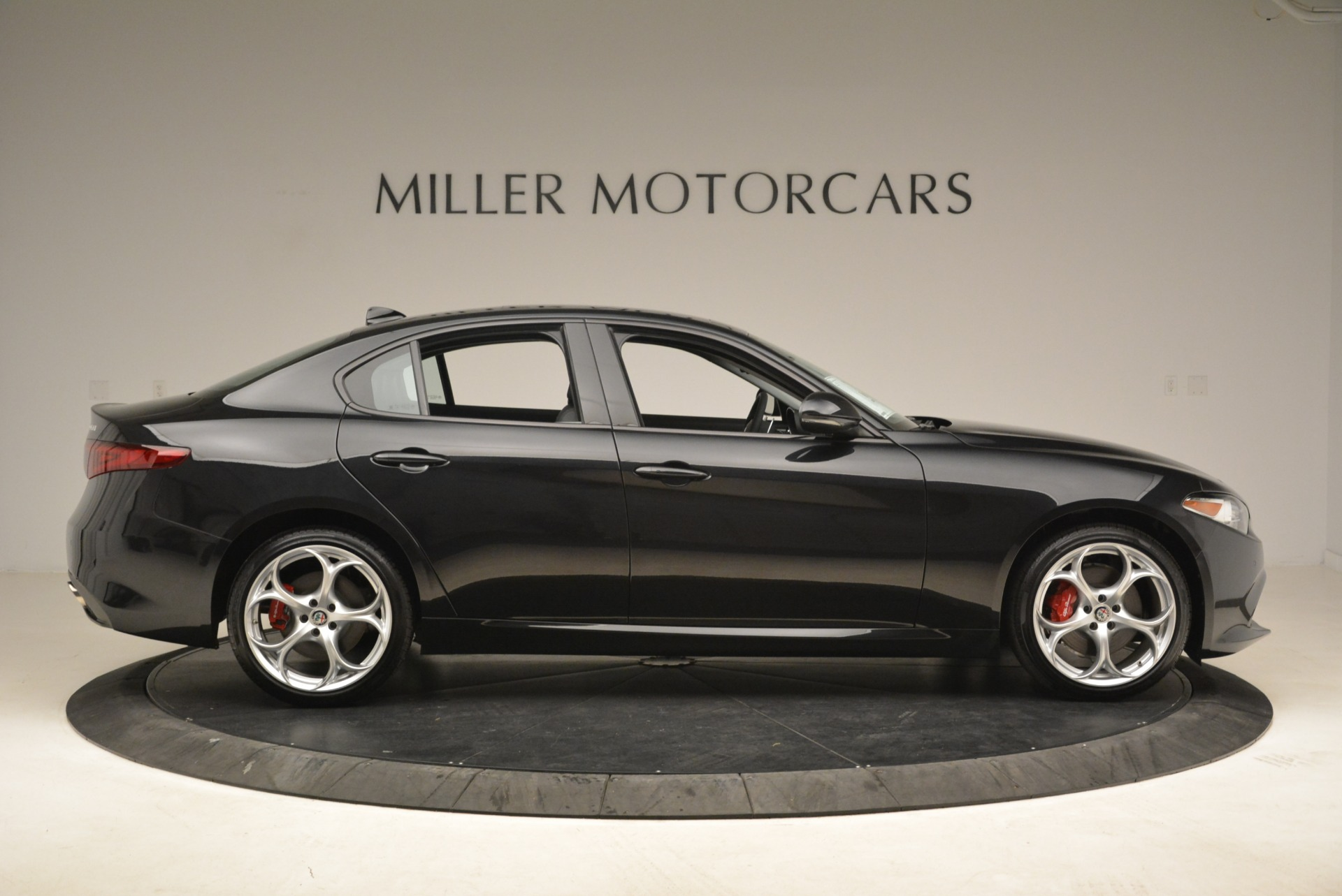 New 2018 Alfa Romeo Giulia Ti Sport Q4 For Sale In Greenwich, CT 2004_p9