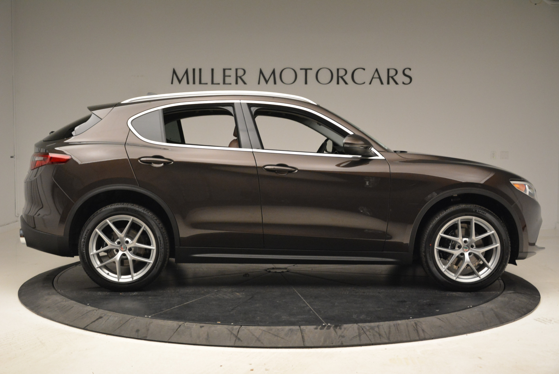 New 2018 Alfa Romeo Stelvio Ti Q4 For Sale In Greenwich, CT 2014_p9