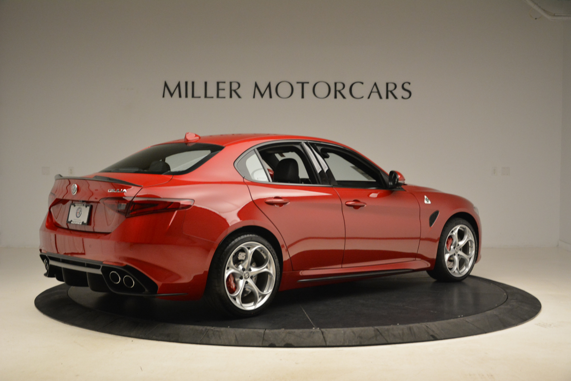 New 2018 Alfa Romeo Giulia Quadrifoglio For Sale In Greenwich, CT 2020_p8