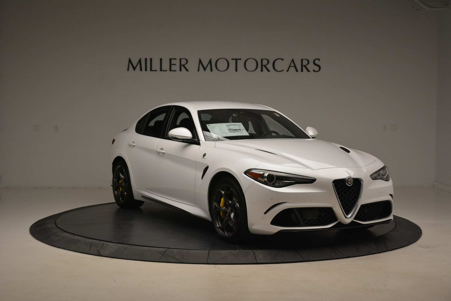 New 2018 Alfa Romeo Giulia Quadrifoglio For Sale In Greenwich, CT 2031_p11