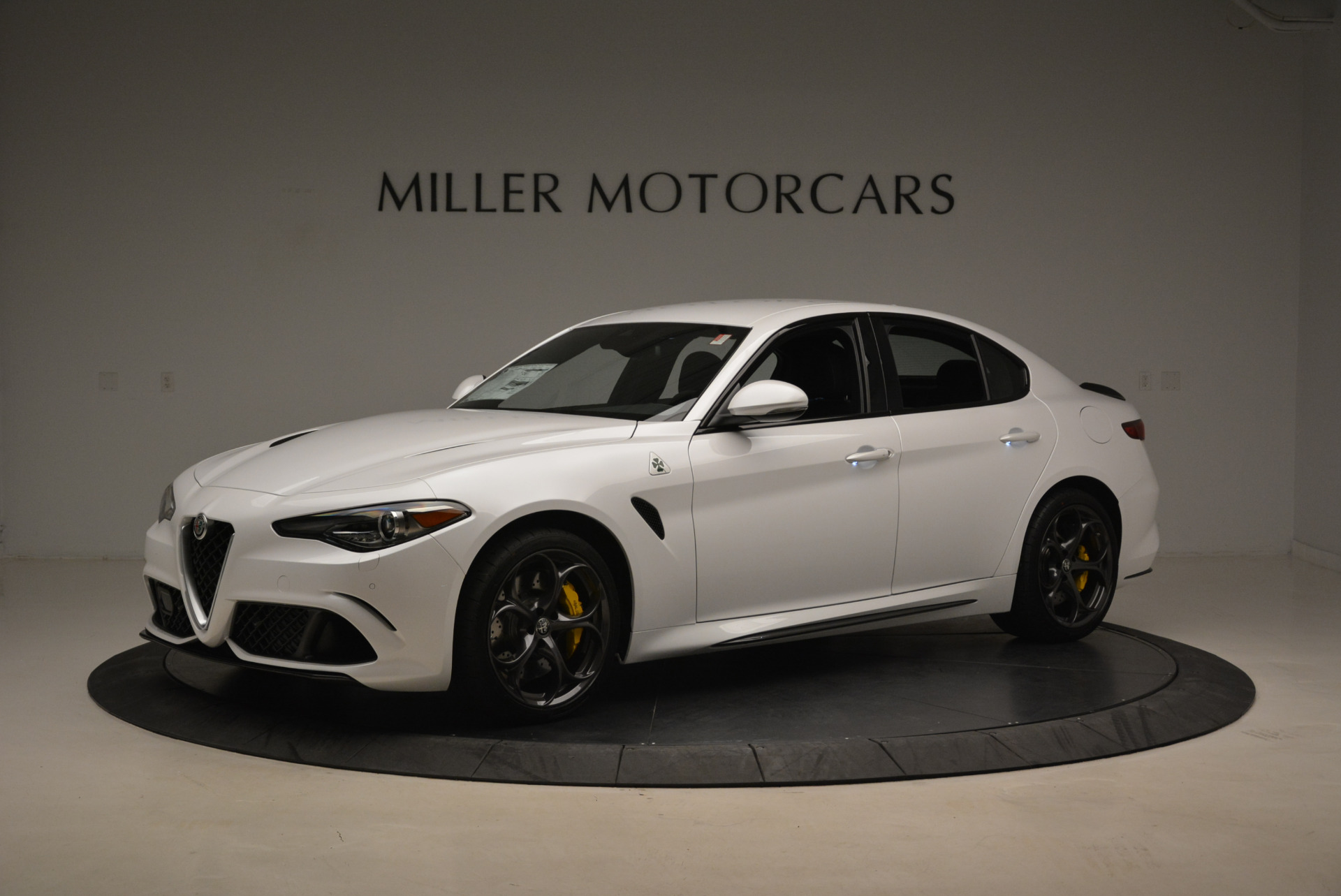 New 2018 Alfa Romeo Giulia Quadrifoglio For Sale In Greenwich, CT 2031_p2