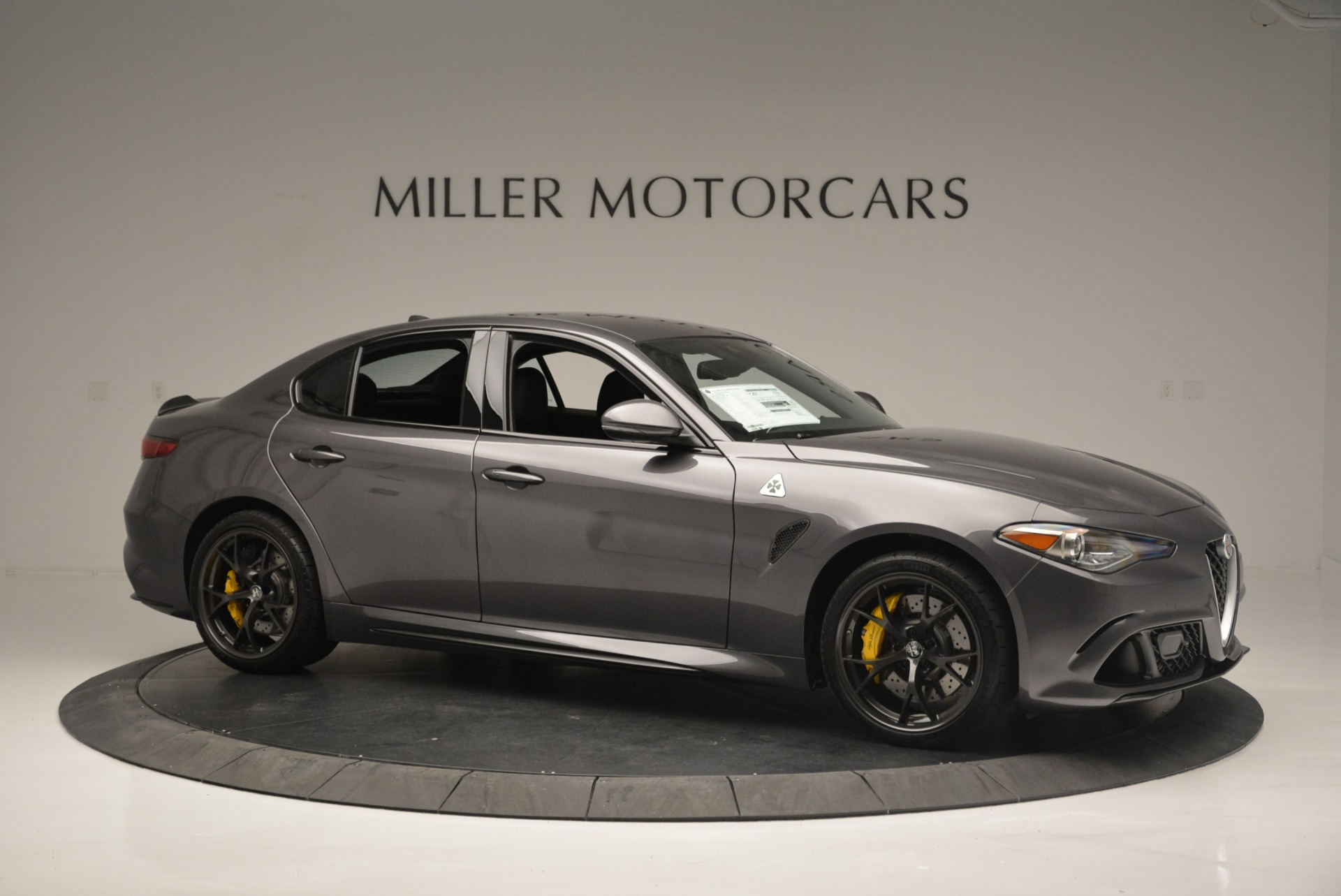 New 2018 Alfa Romeo Giulia Quadrifoglio For Sale In Greenwich, CT 2032_p10