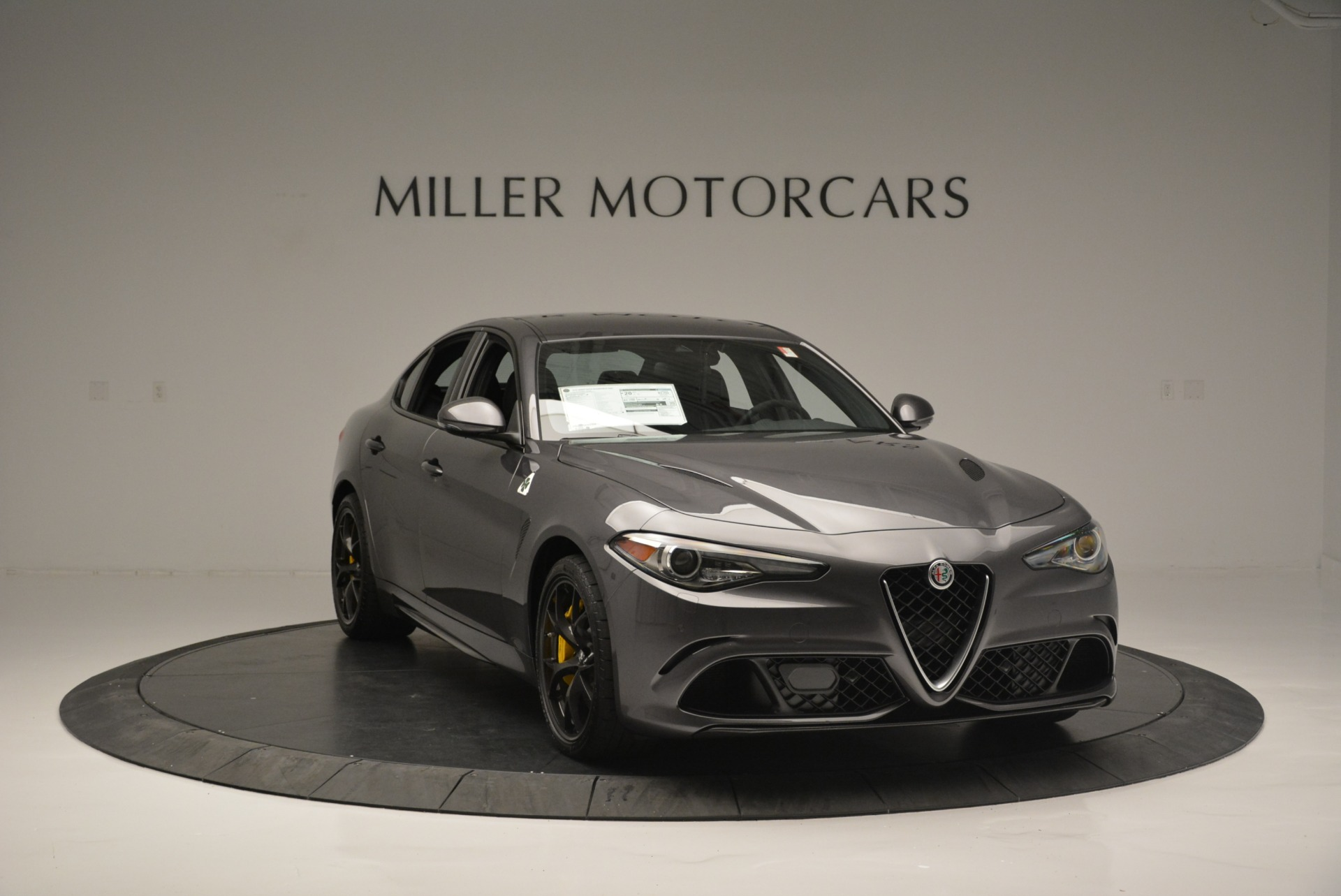 New 2018 Alfa Romeo Giulia Quadrifoglio For Sale In Greenwich, CT 2032_p11