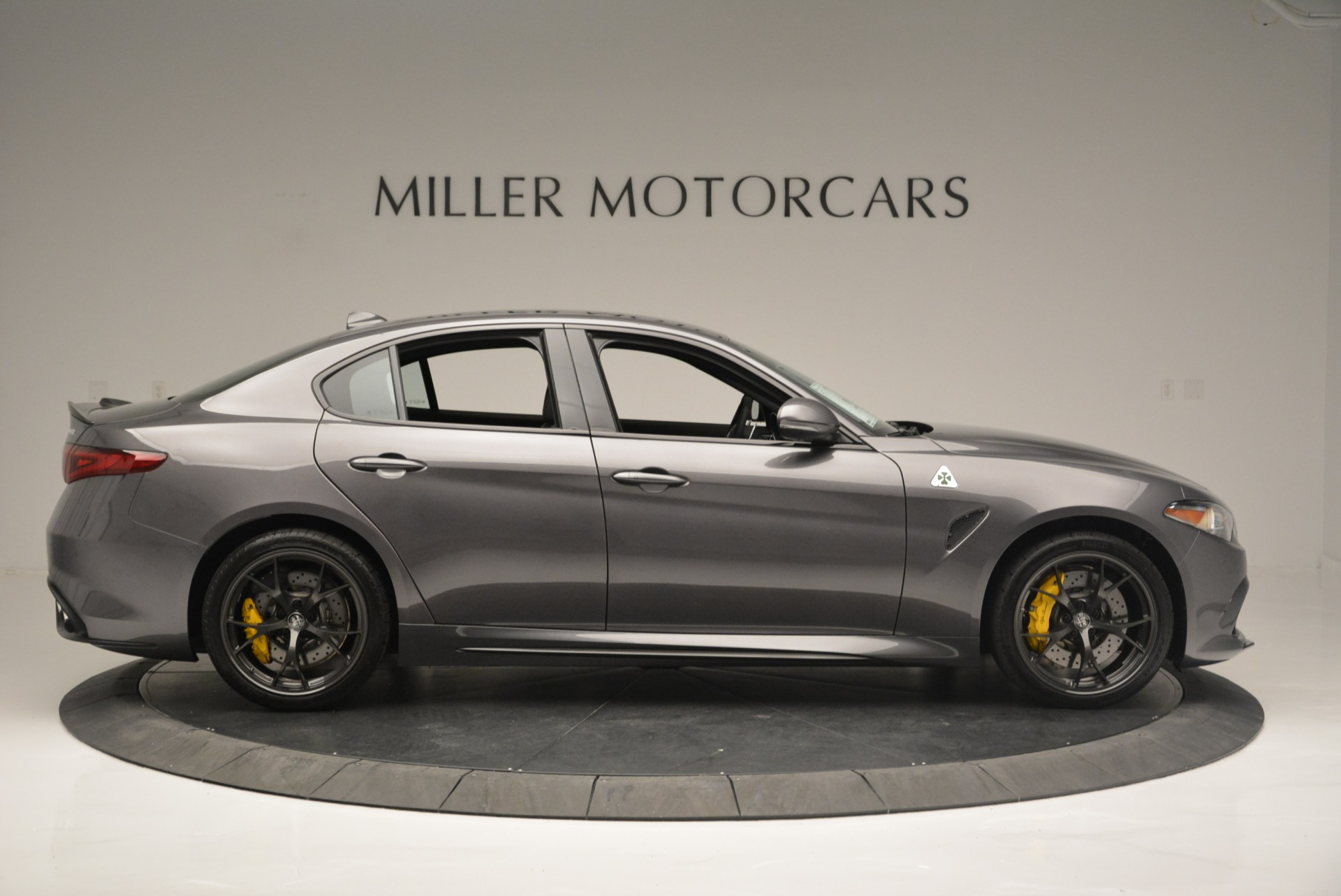 New 2018 Alfa Romeo Giulia Quadrifoglio For Sale In Greenwich, CT 2032_p9