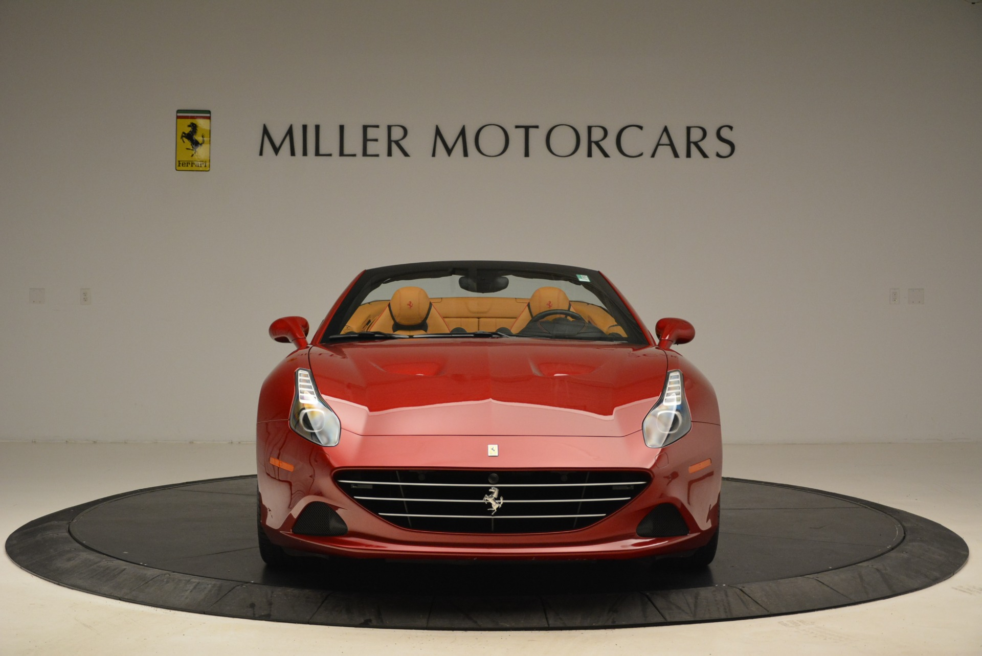 Used 2015 Ferrari California T  For Sale In Greenwich, CT 2033_p12