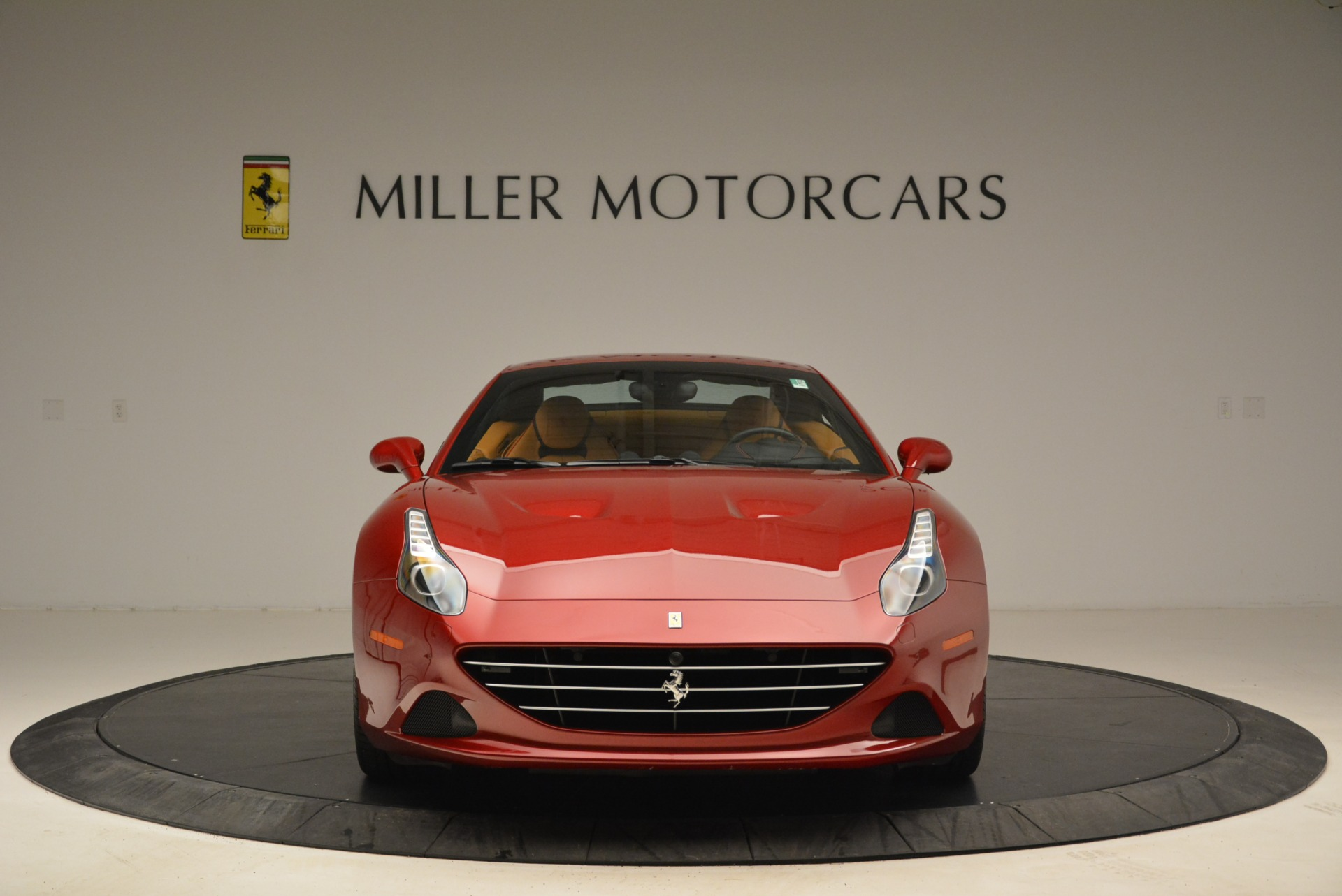 Used 2015 Ferrari California T  For Sale In Greenwich, CT 2033_p24